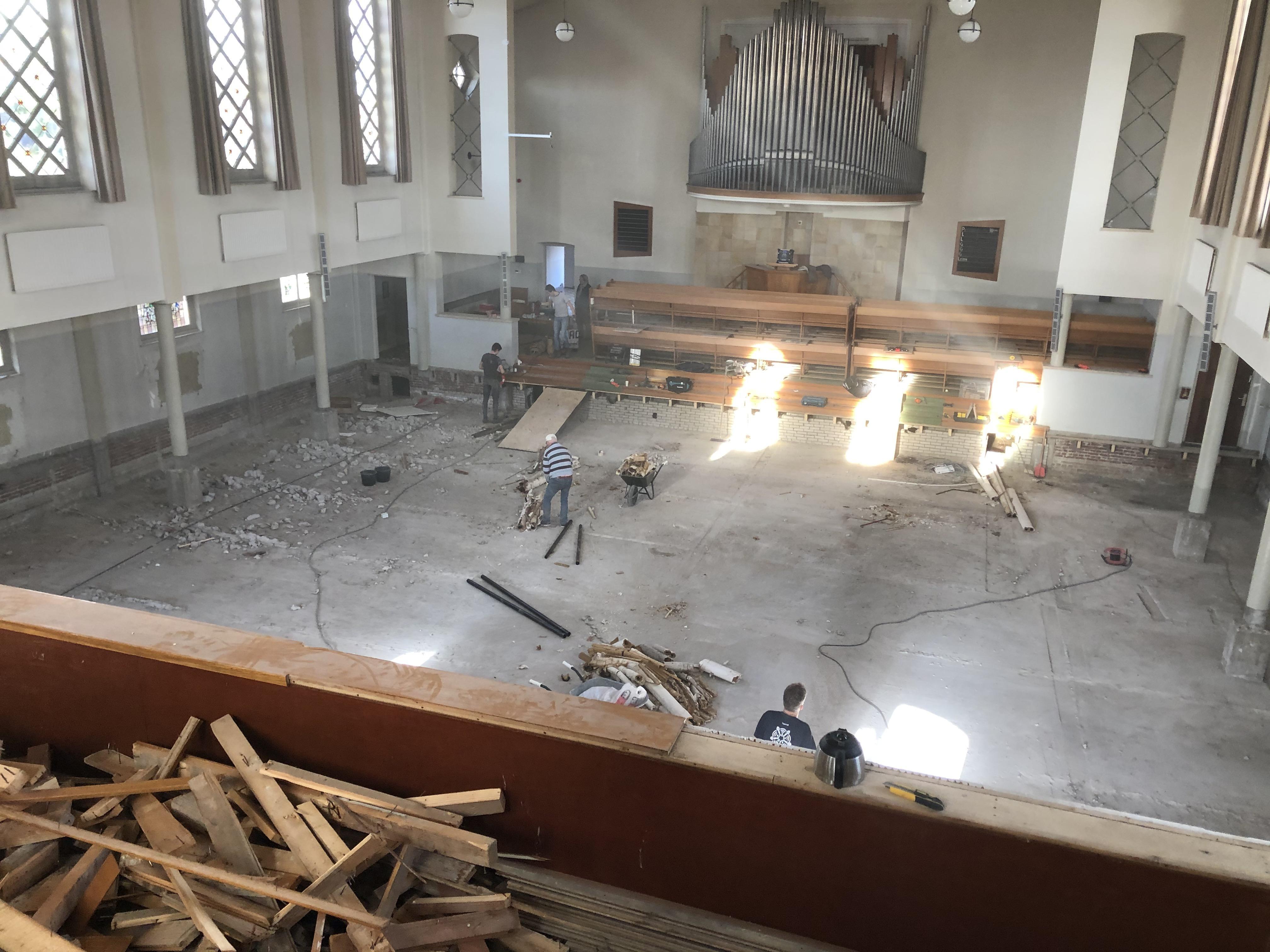 Rijnsburgse Maranathakerk heeft na vierenhalf jaar eindelijk nieuwe eigenaar, maar de onzekerheid over de toekomst van het monument duurt voort
