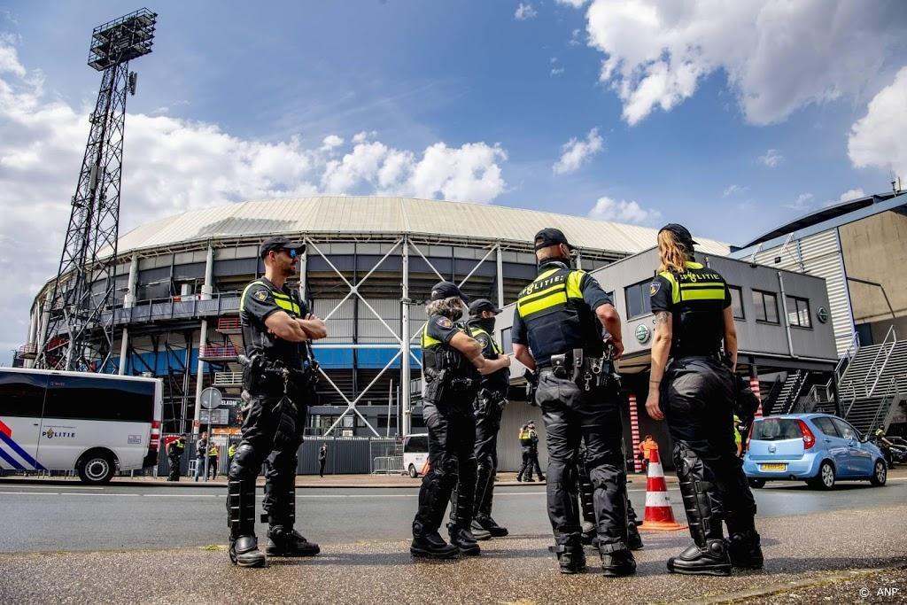 'Politie voorkwam aanvaringen tussen supporters rond klassieker'