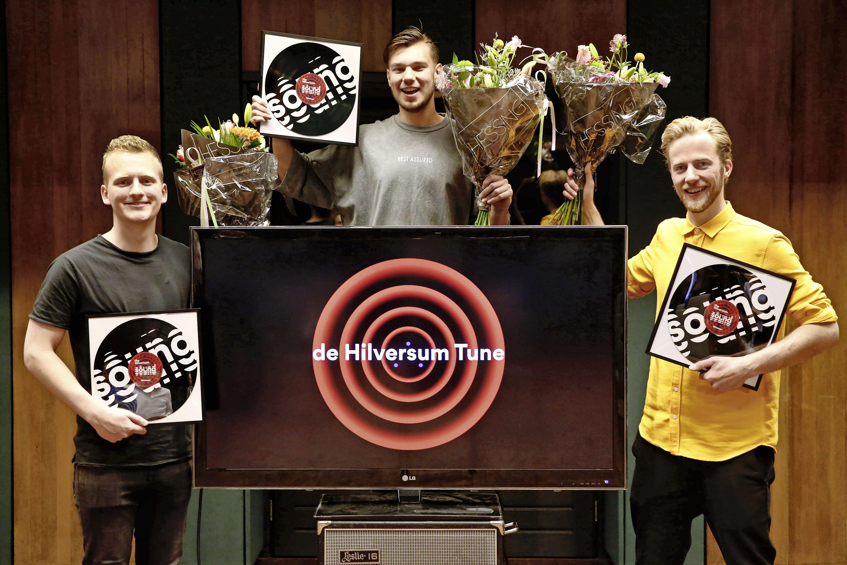 Hilversum heeft nu ook zijn eigen muziektune. De drie makers zijn een mix van stijlen en kwaliteiten. 'Net als Hilversum eigenlijk' [video]