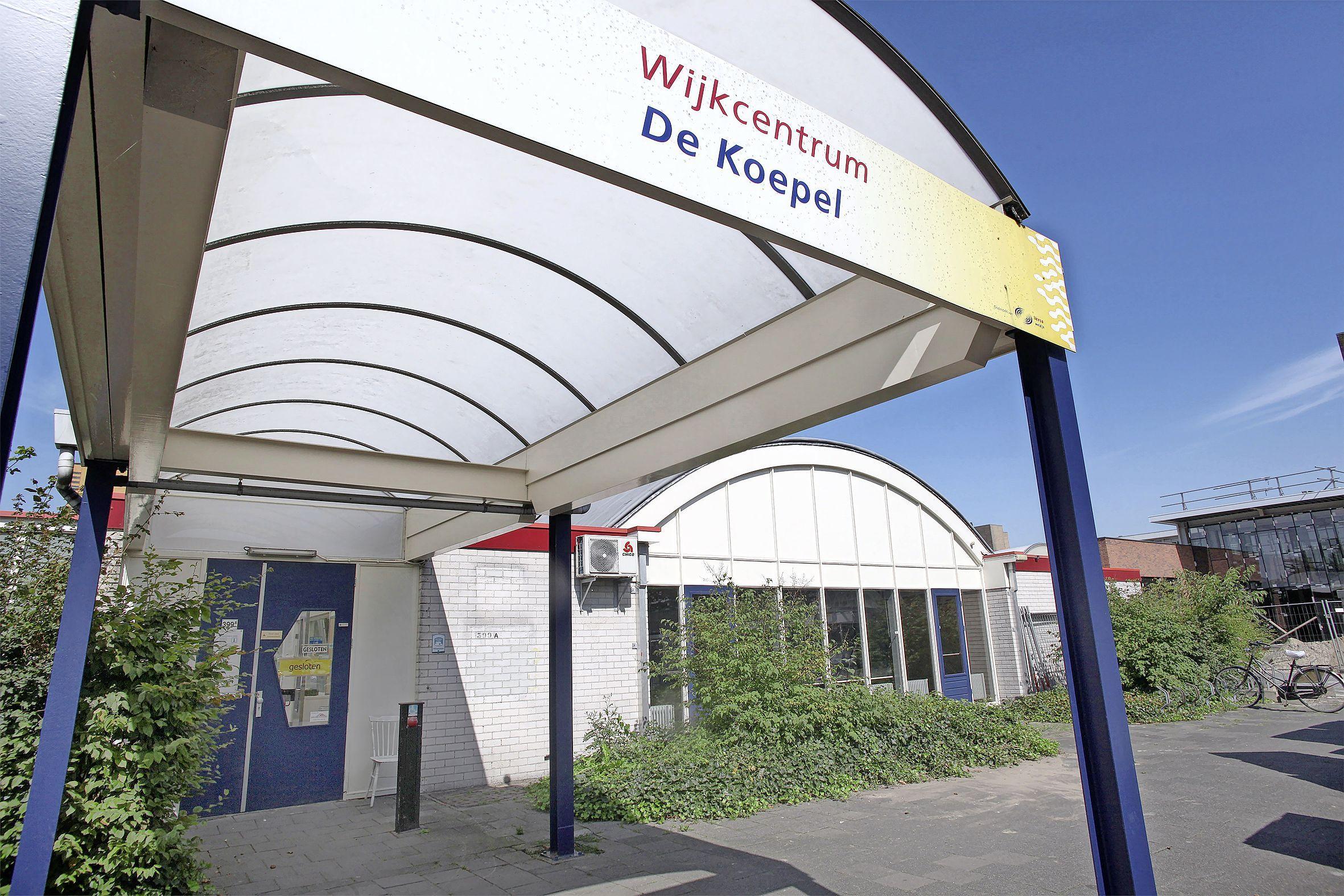 De uit buurtcentrum De Koepel in Hilversum 'verdreven' bridgers mogen toch blijven. 'We zijn heel blij en opgelucht'