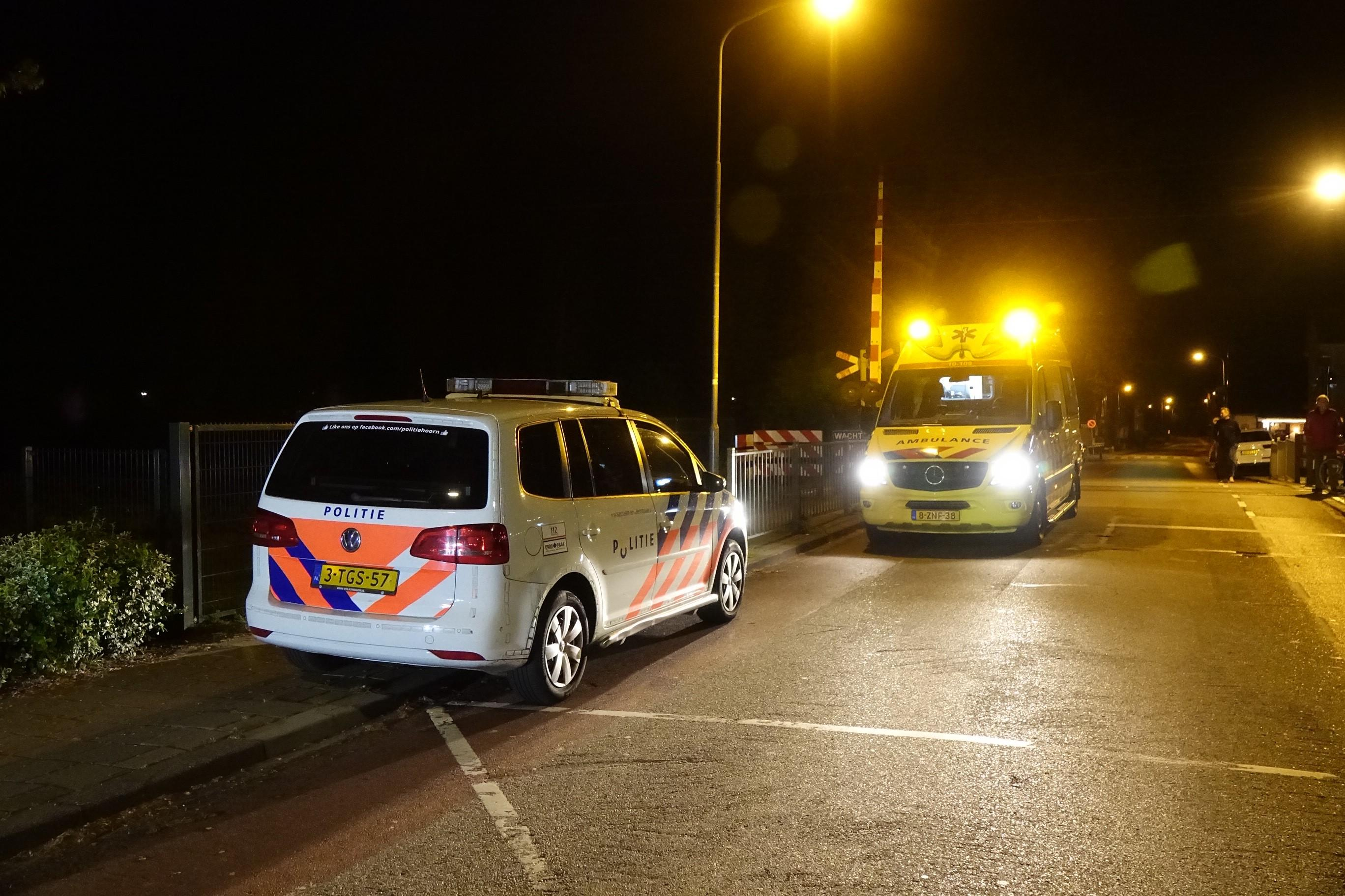 Man overlijdt door aanrijding met trein bij station Bovenkarspel Flora [update]
