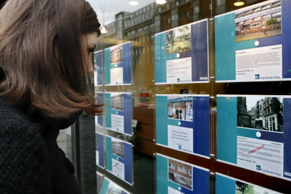 Expats blijven weg, dus dalen de huurprijzen in de vrije sector in Haarlem en Hoofddorp; toch stijgen de prijzen van koopwoningen