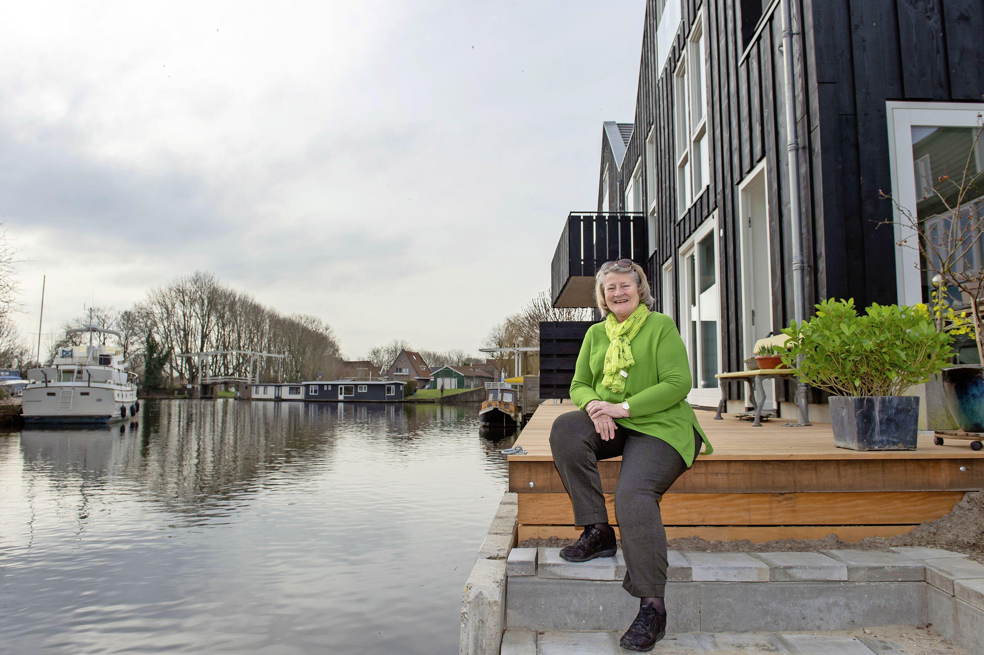 Aafke Hulskemper kan gelukkig de Kettingbrug nog zien; eerste huizen op oude Edamse scheepswerf Van Drunen zijn bewoond
