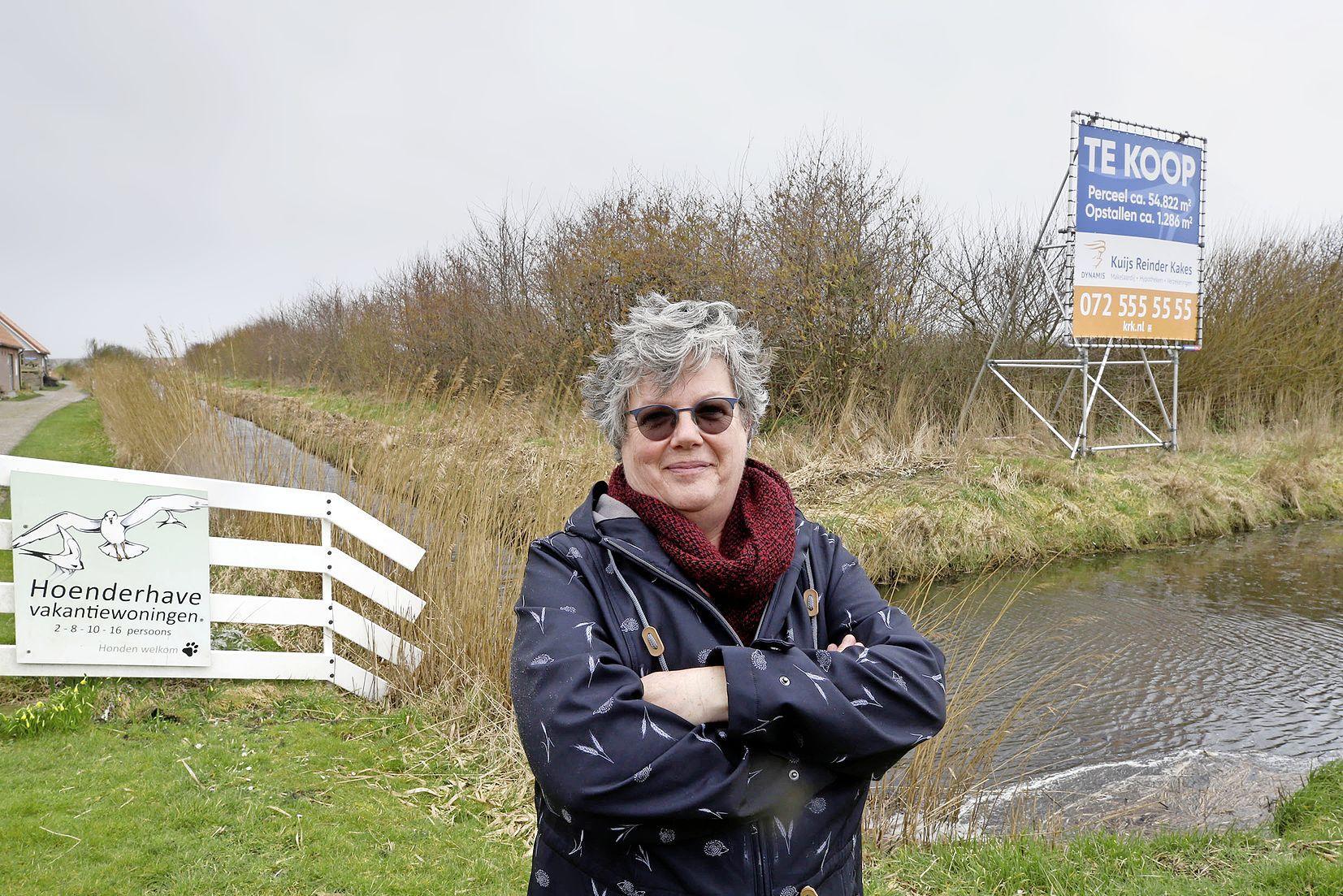 Weerstand in Petten tegen Ecopark. 'Als dit mag, meet de gemeente met twee maten'. Waterschap beslist over verkoop grond