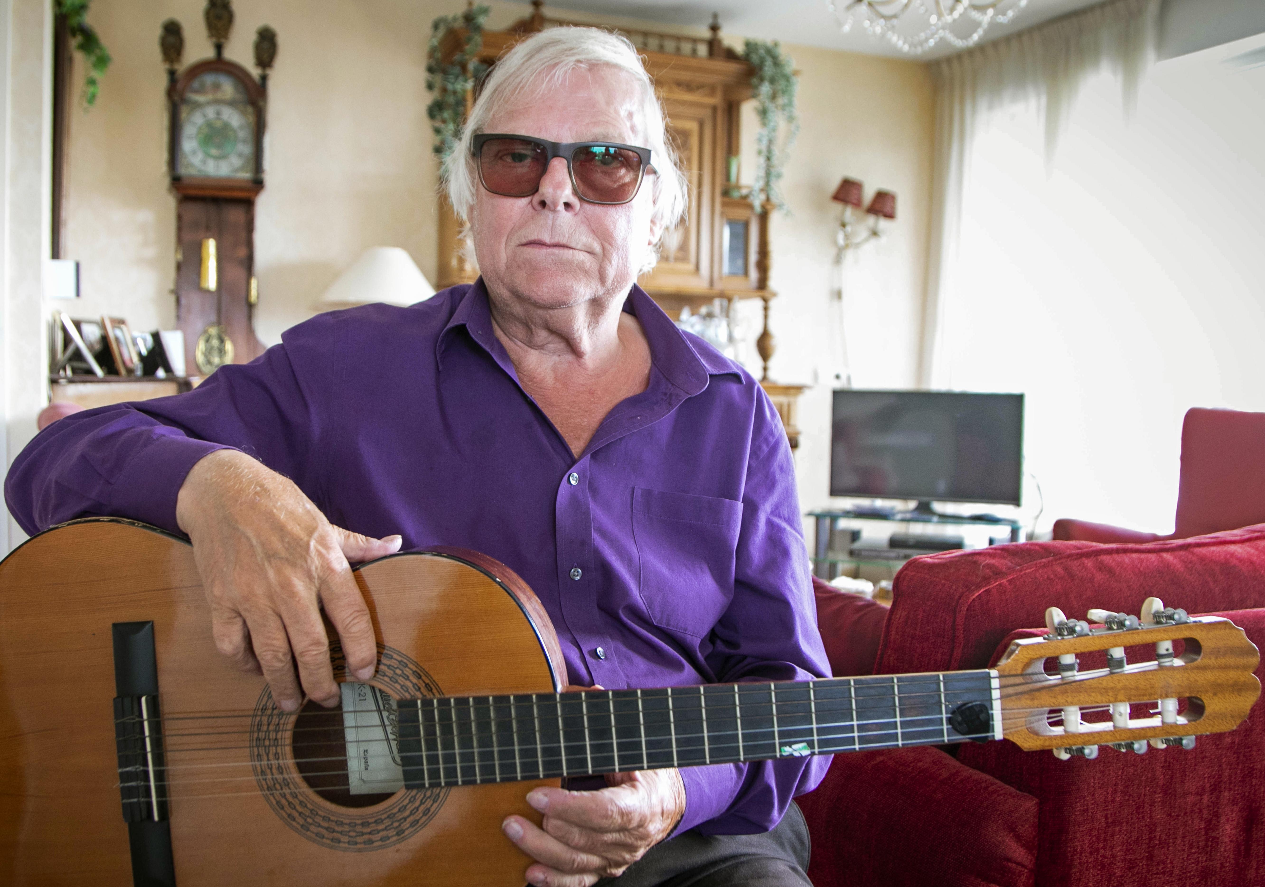 Oscar Benton 1949 – 2020: Blueszanger die zich in zijn teksten inleefde zoals weinigen dat kunnen | necrologie