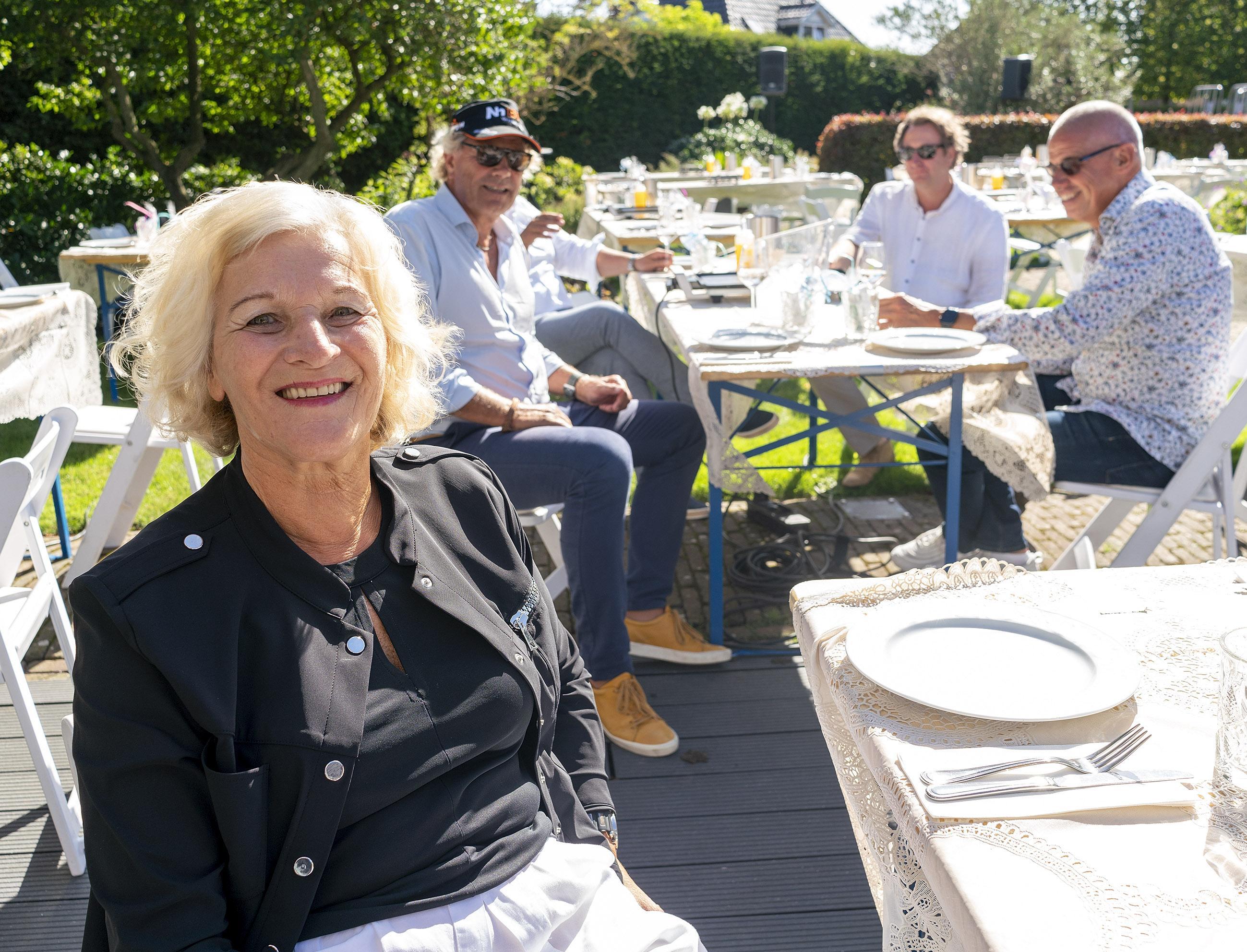 Hanneke Laan na 50 jaar weg bij verzekeraar NH1816. 'Op mijn eerste werkdag kon ik het kantoor niet meer vinden'