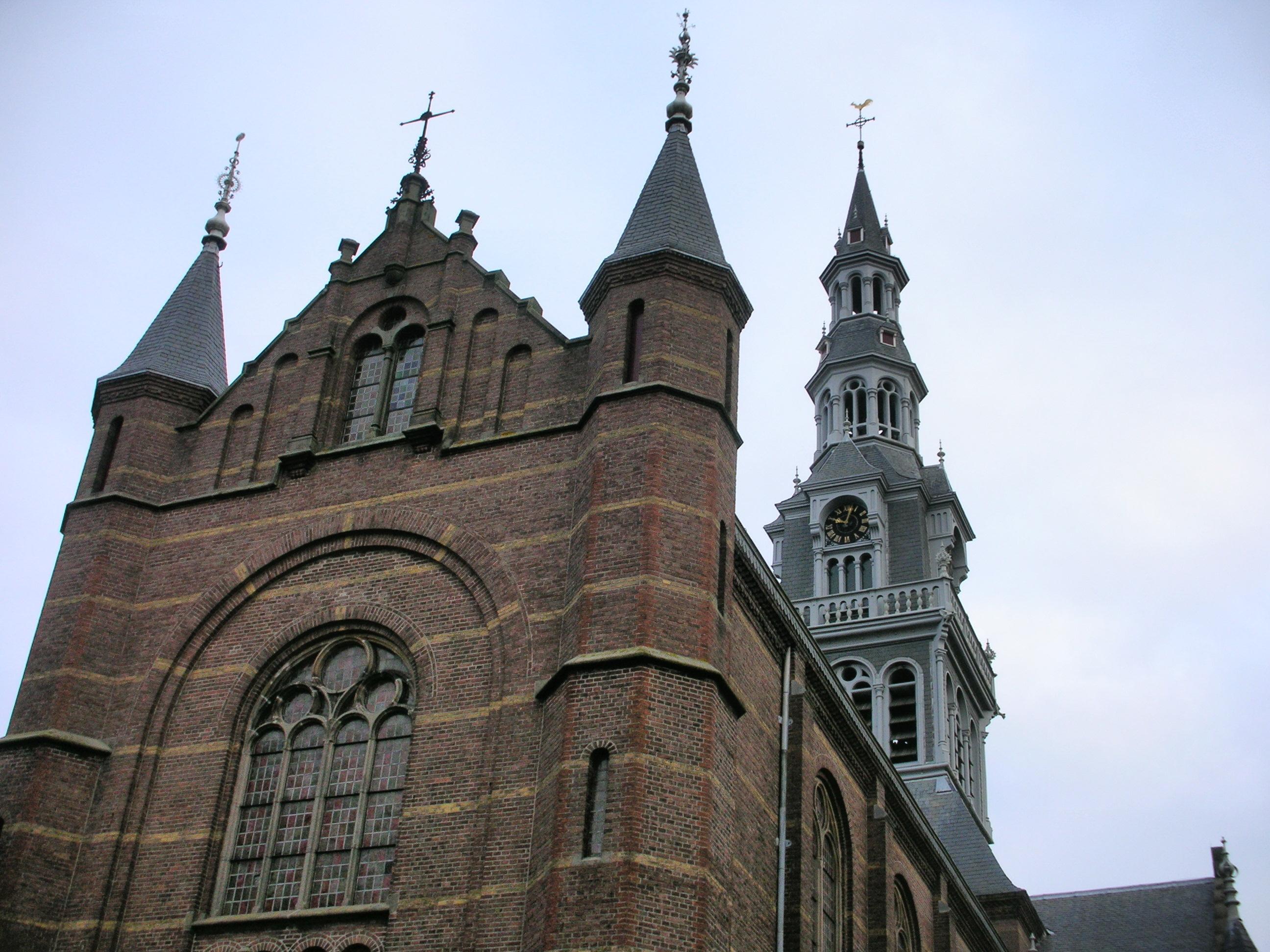 Bavo-onderscheidingen voor kosters Cees Neeft en Jaap Wijte van de Laurentiuskerk in Heemskerk