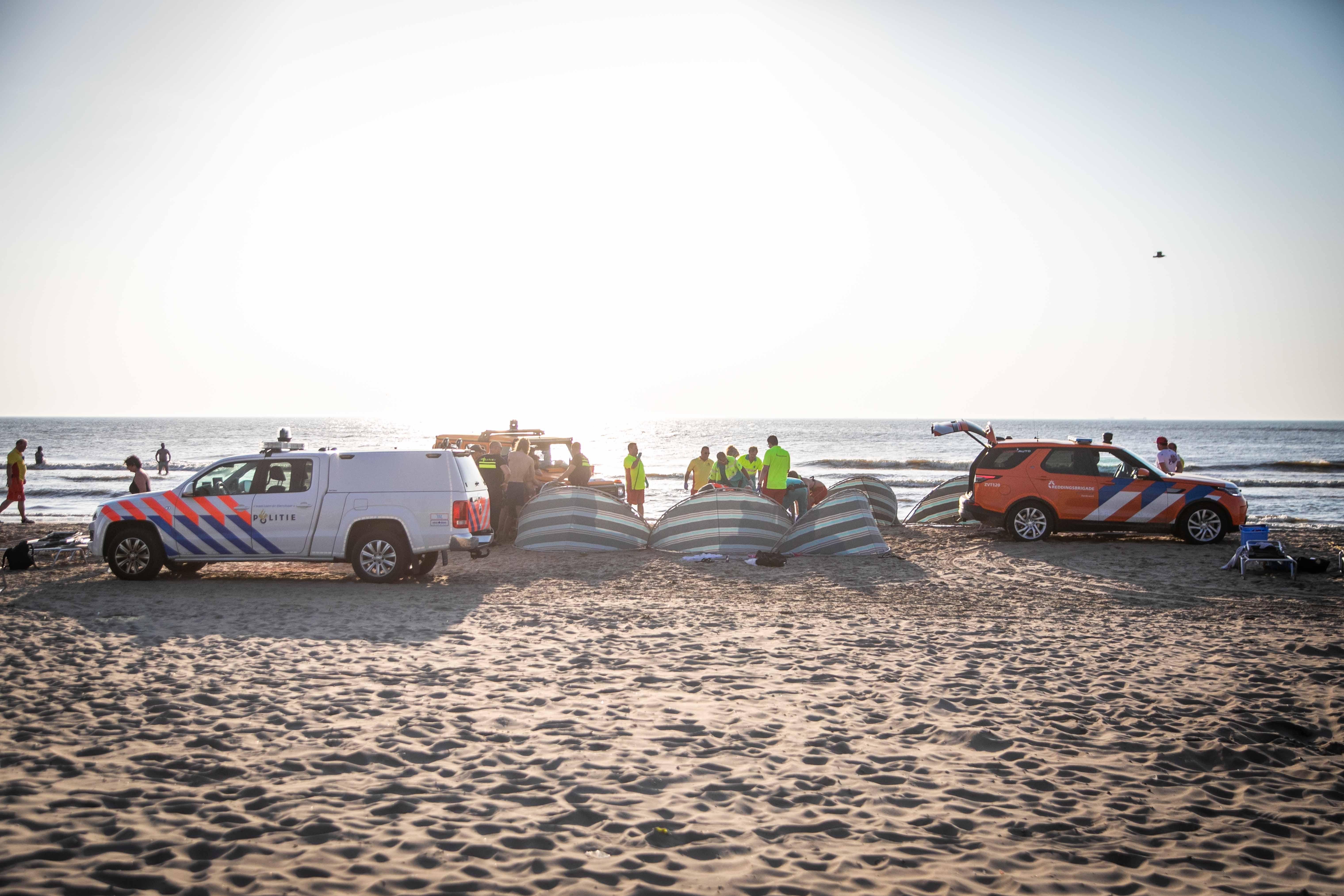 Reddingsbrigades Zandvoort en Bloemendaal maken bizarre balans van het weekend op: 'Die mannen konden niet eens zwemmen'