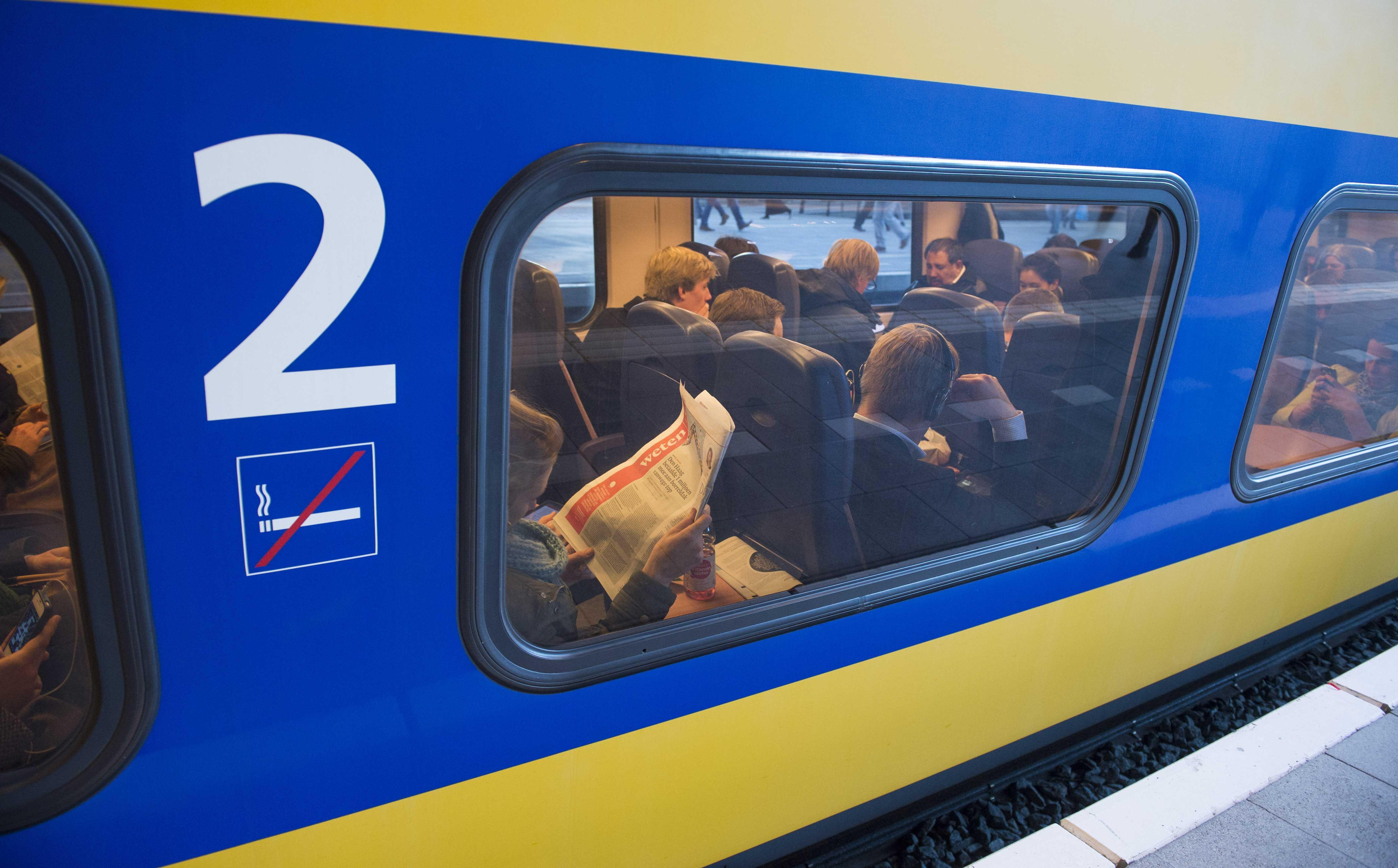 'Extra boete bij overlast in trein of bus'