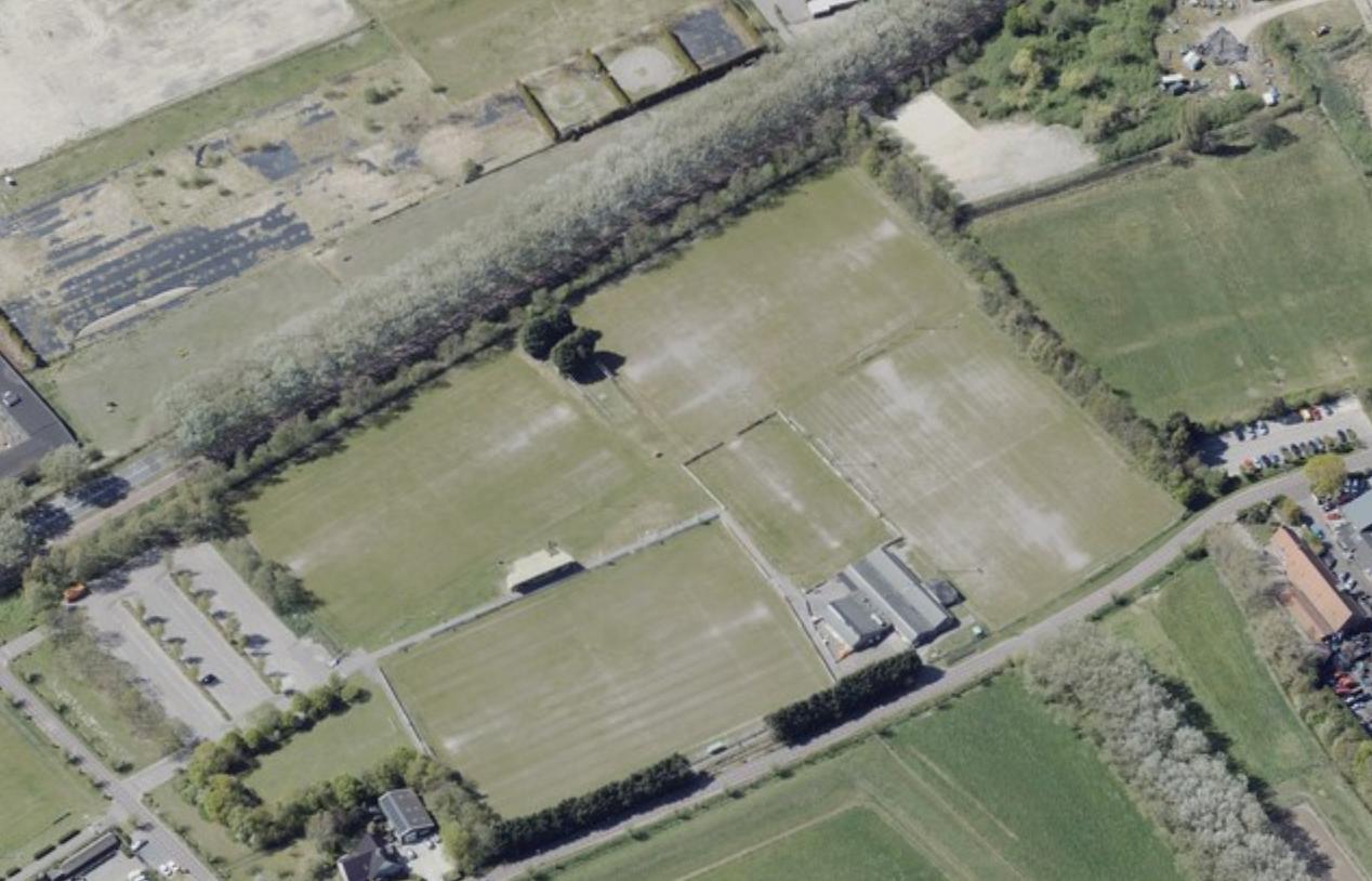 Velserbroekse voetbalclub VSV in juridisch duel met Rabo-dochter over verkoop terrein