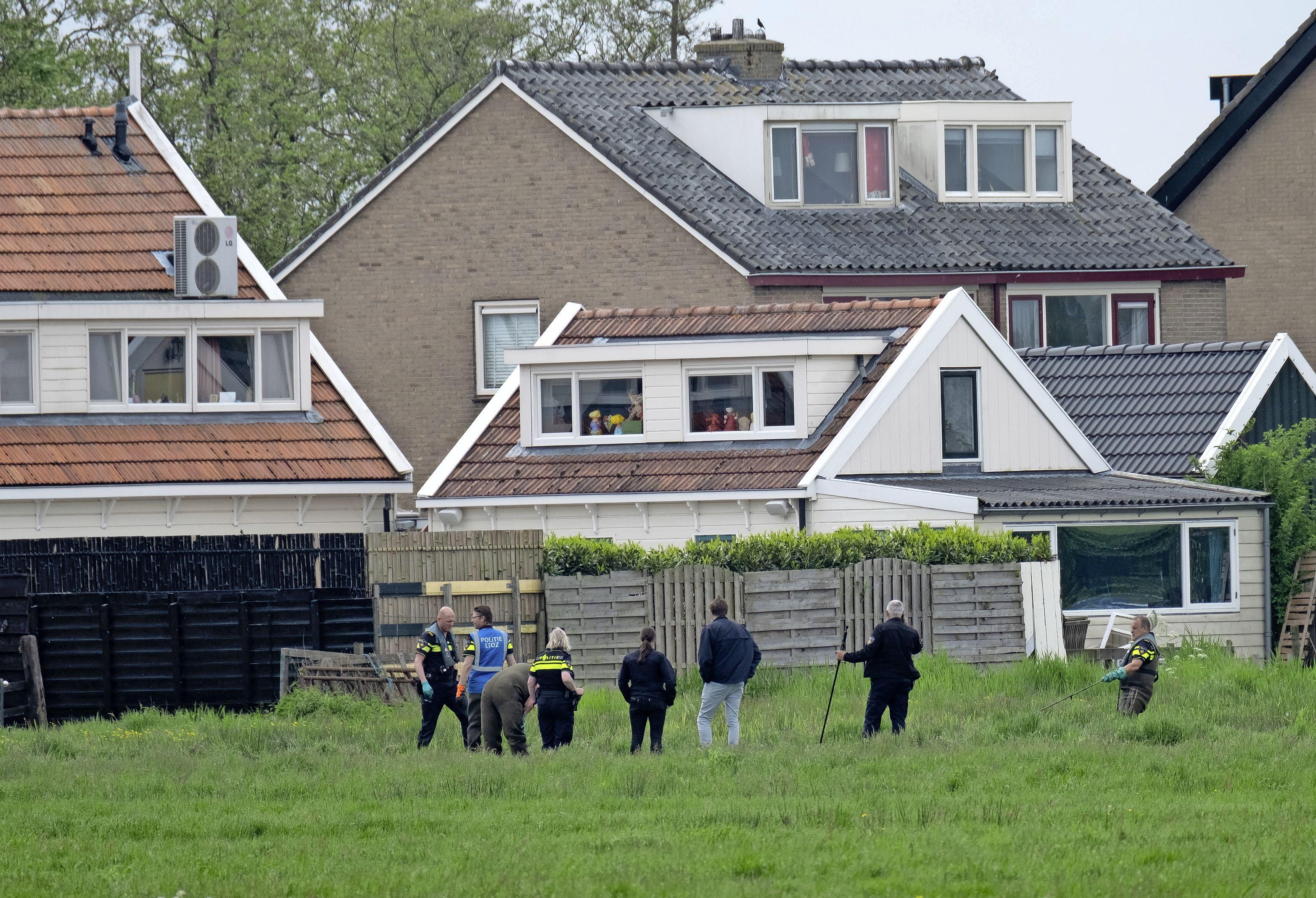 Vluchtende overvallers achter je huis: bewoners Broek in Waterland in waargebeurde film