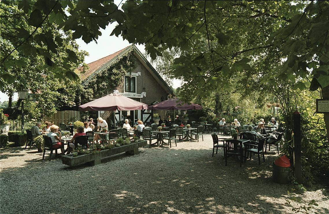 Pannenkoekenrestaurant Uitspanning De Oase bij ingang Waterleidingduinen in Vogelenzang failliet