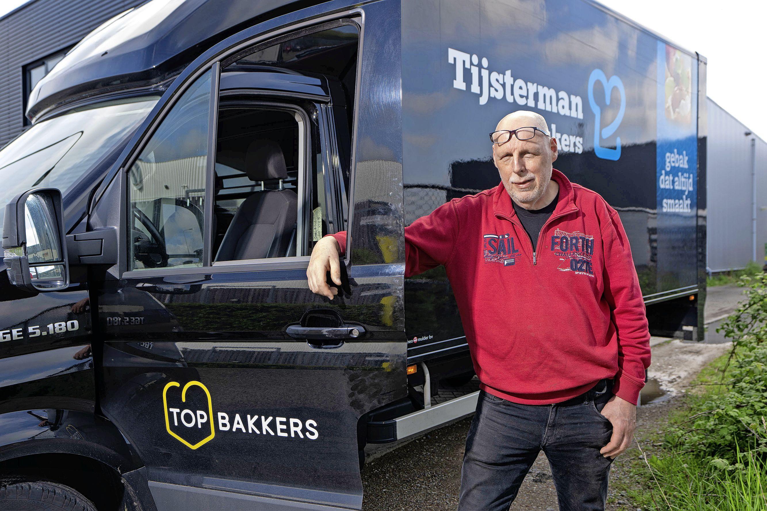 Katwijker Ronald van der Holst droomde van chauffeursbaan op een zandwagen. Het werd brood...