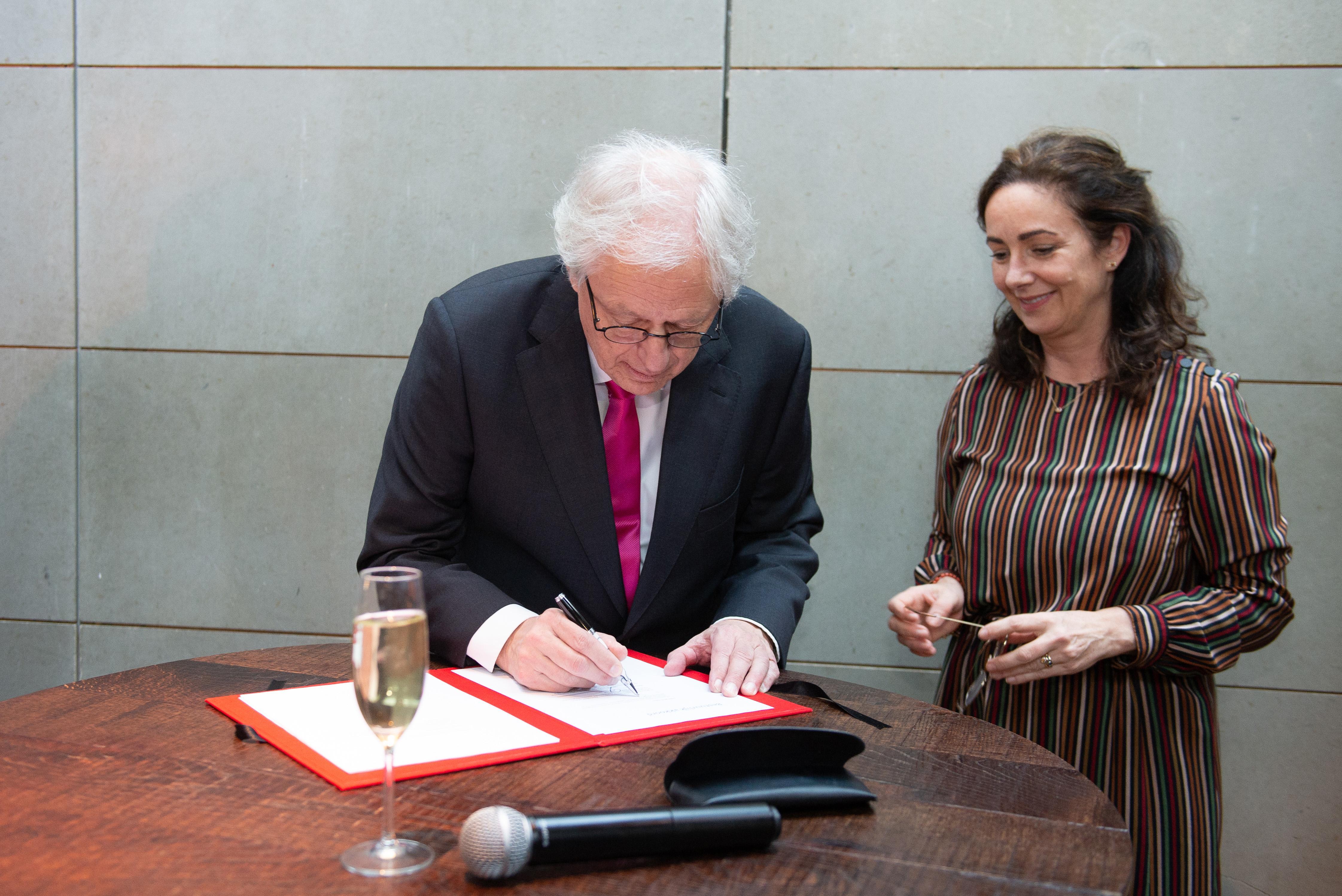 Weesp annuleert bijeenkomst voor indienen van mondelinge zienswijze over de fusie met Amsterdam