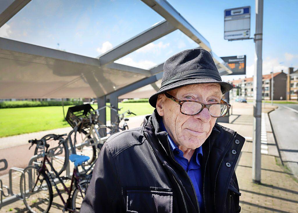Gulle gever helpt pechvogel Gerrit in één klap uit de financiële sores: IJmuidenaar die portefeuille met 1.200 euro verloor, heeft weer geld op de bank