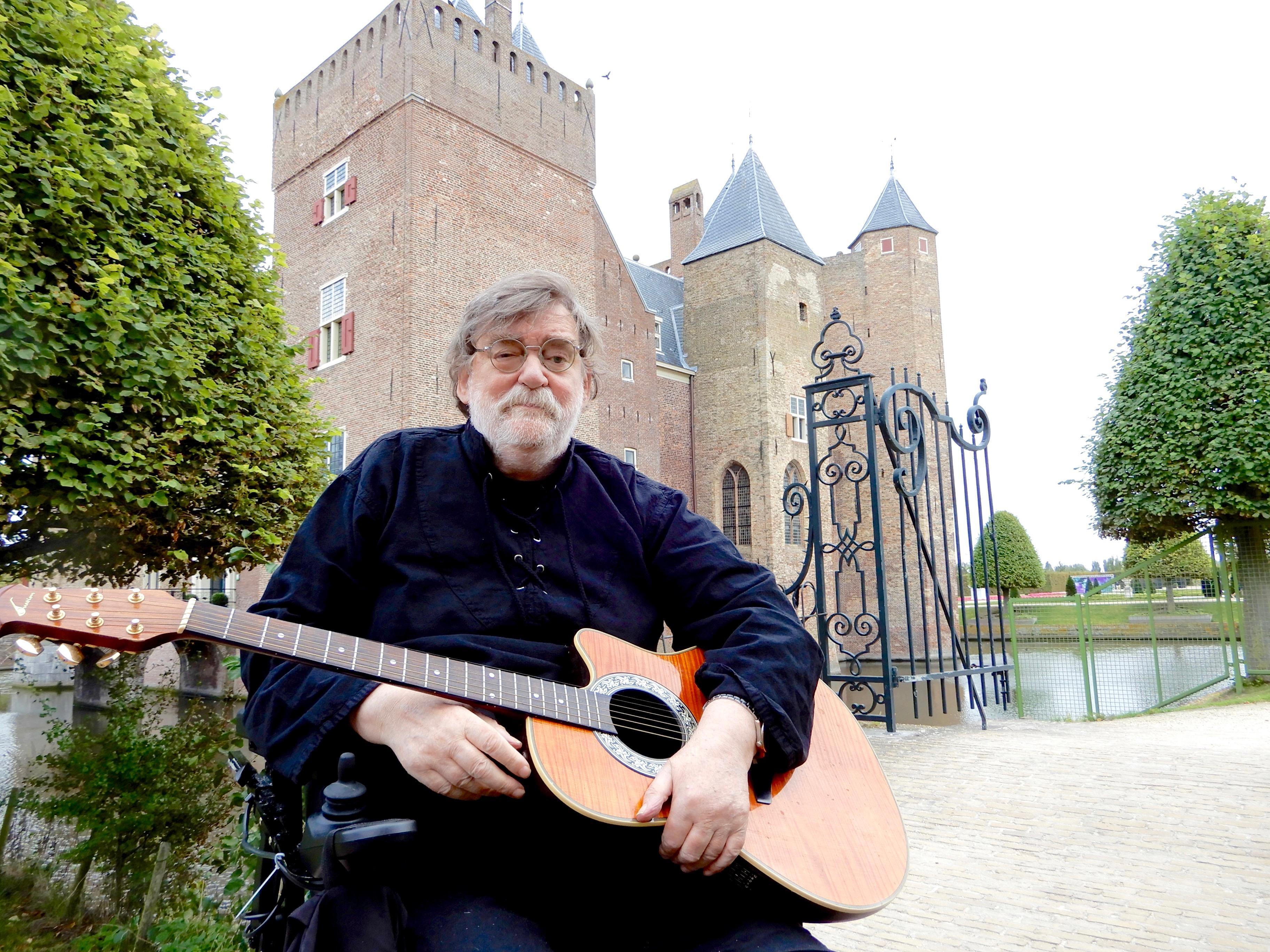 Middeleeuwen op muziek: Heemskerker Jan Schrama laat ridderlegenden Hofdijk herleven