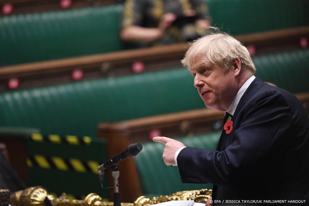 Engelse lockdown loopt af, vanaf december regionale aanpak