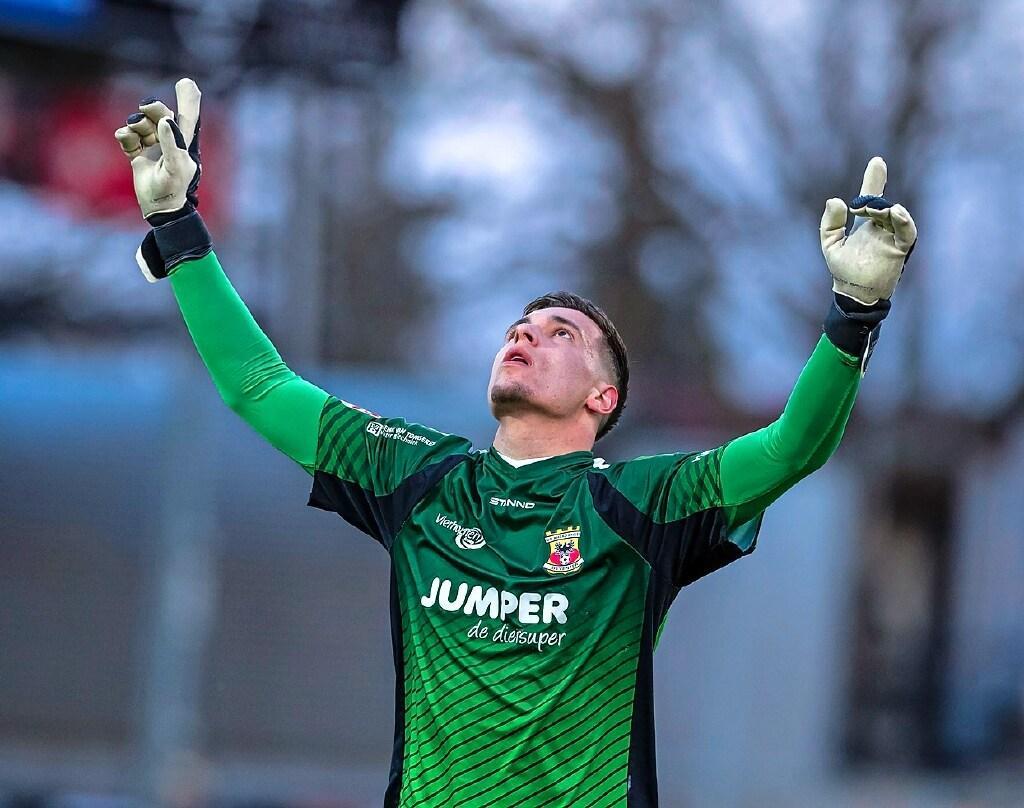 Ajax legt doelman Gorter vast