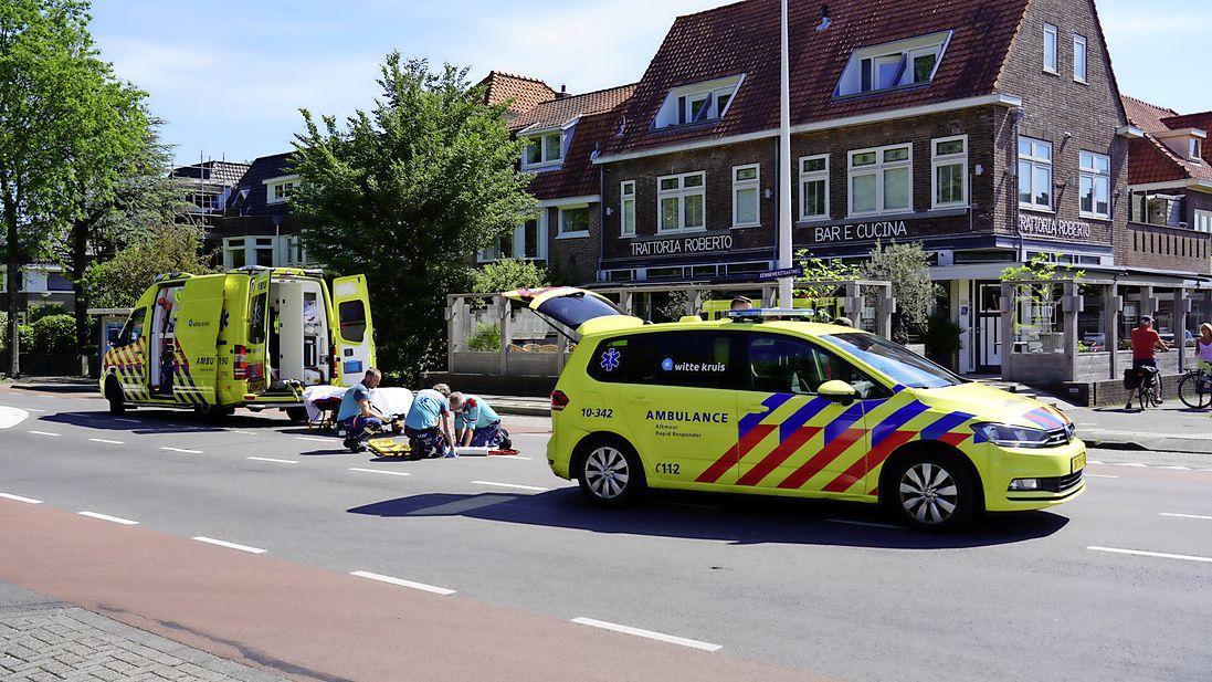 Fietsster gewond bij aanrijding in Alkmaar. Motorrijder aangehouden voor 'veroorzaken aanrijding'