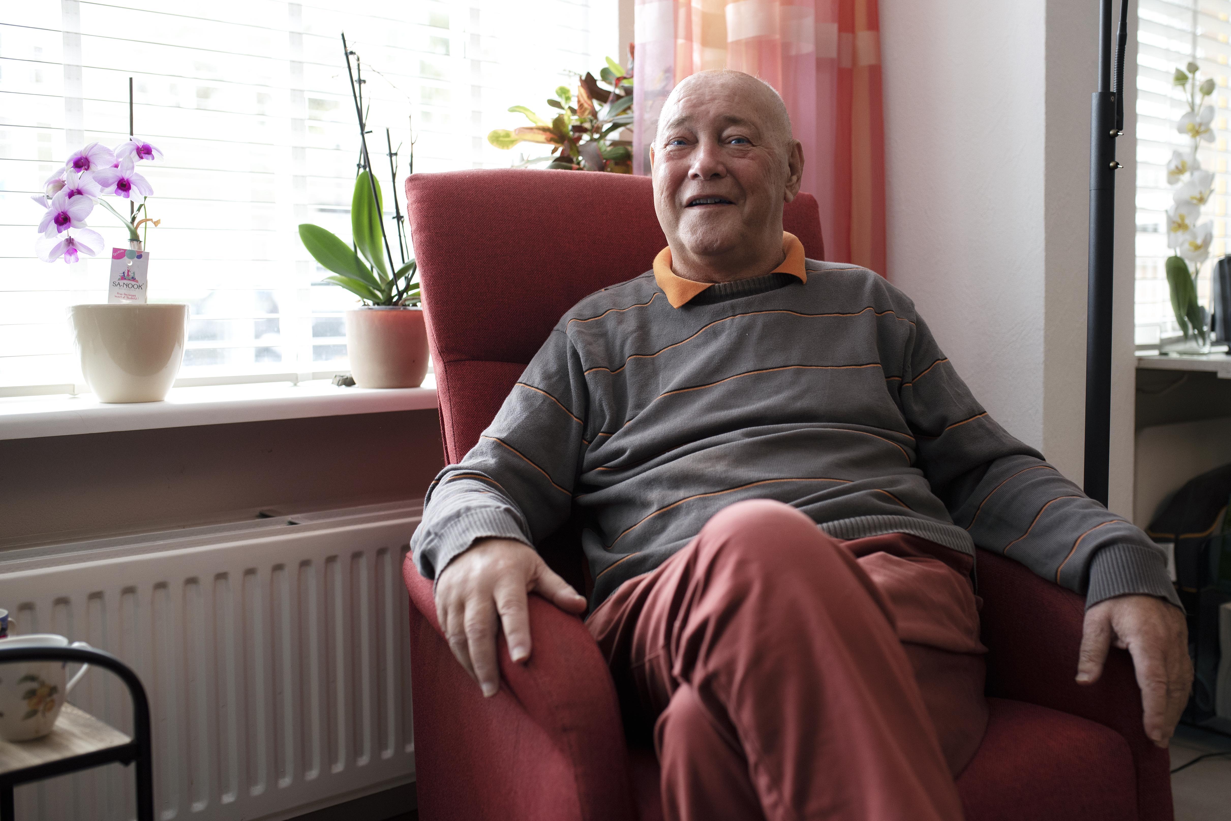 Martin Hoeben voelt zich een pechvogel en geluksvogel. Pas met een tweede donornier kreeg hij zijn leven terug. 'Als je dialyseert, stopt een groot deel van je leven'