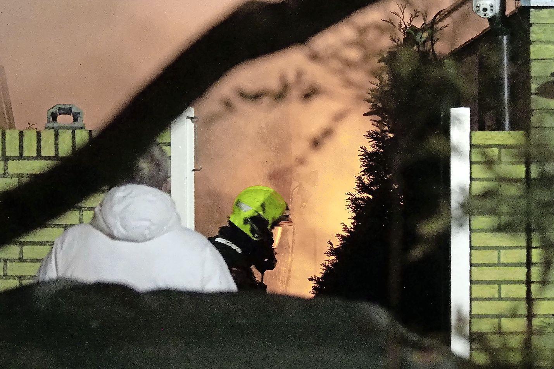 Veel schade aan schuur door brand in Velsen-Zuid