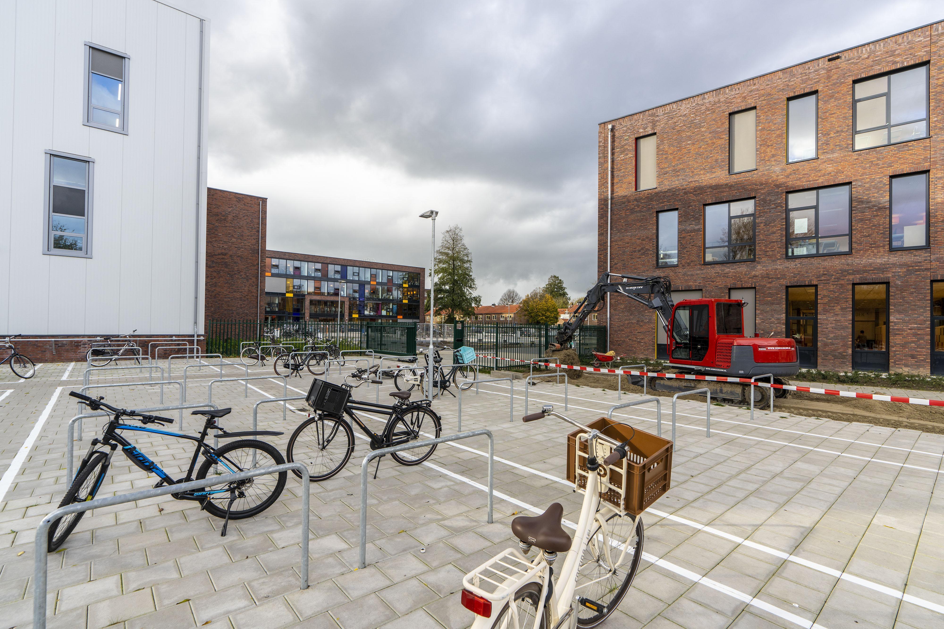 Vernieuwd Groene Hart Lyceum in gebruik genomen aan Tolstraat in Alphen aan den Rijn