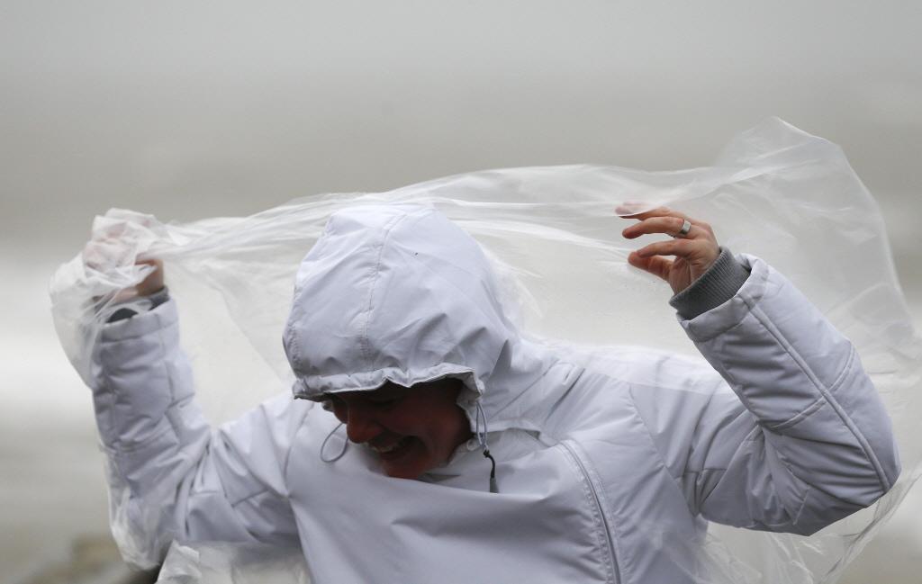 Regen verpest huttendorpen Venhuizen en Oosterblokker