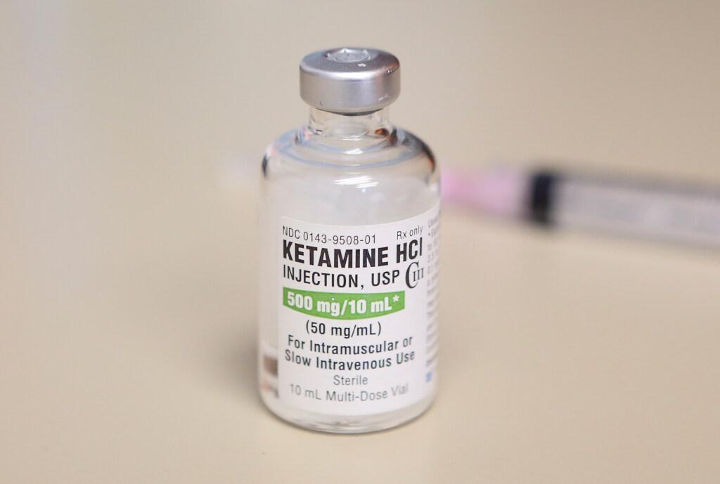 FIOD vindt ketaminevoorraad ter waarde van 4,5 miljoen euro, inval in Nieuw-Vennep