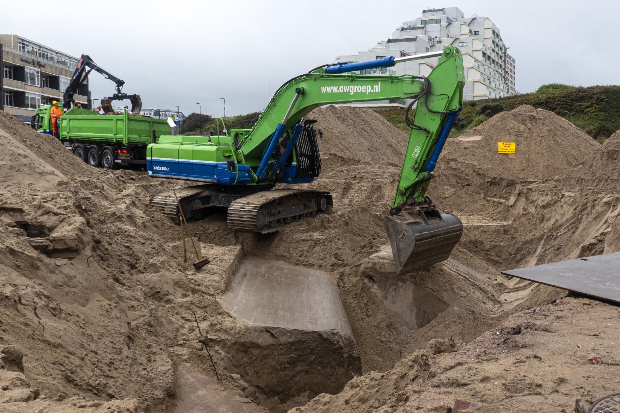 Atlantikwall bij graafwerkzaamheden Palaceplein Noordwijk blootgelegd
