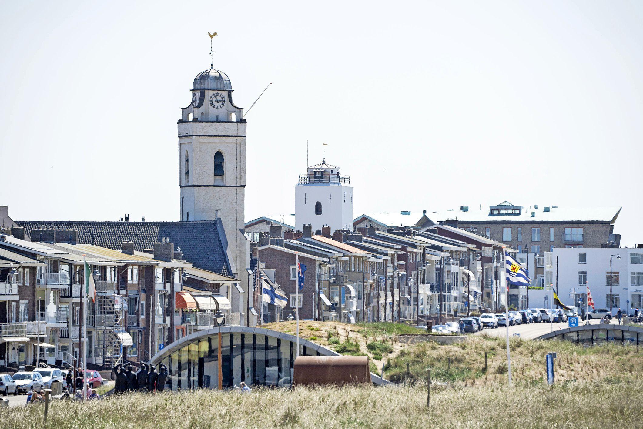 Katwijkse raadsleden zijn gedraal gemeentebestuur zat bij aanpakken toeristische verhuur: 'Woningen zijn om in te wonen, niet om mee te cashen'
