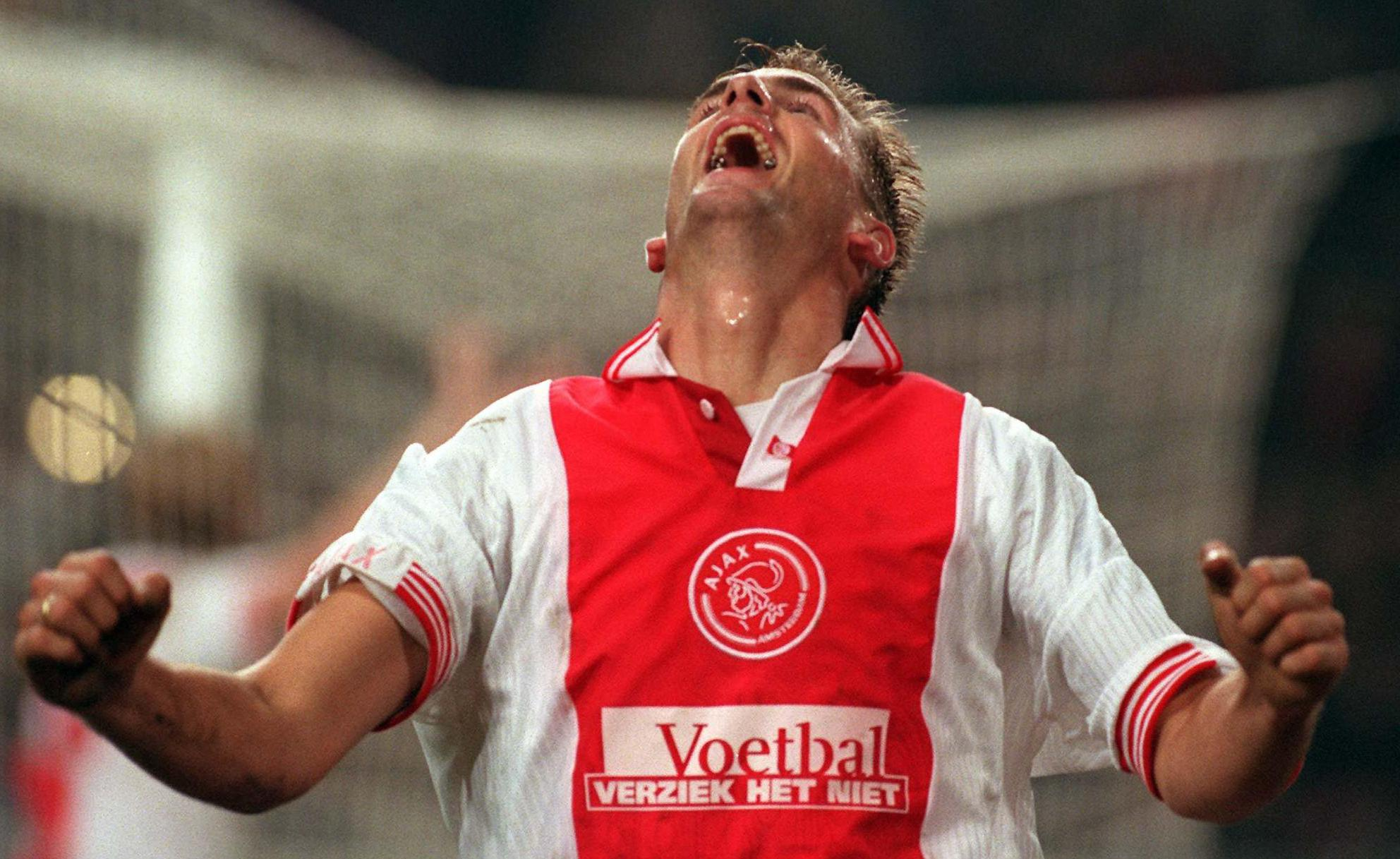 Op deze dag in 1997: Ajax bezegelt lot van trainer Arie Haan en Richard Witschge vernedert Feyenoorders [video]