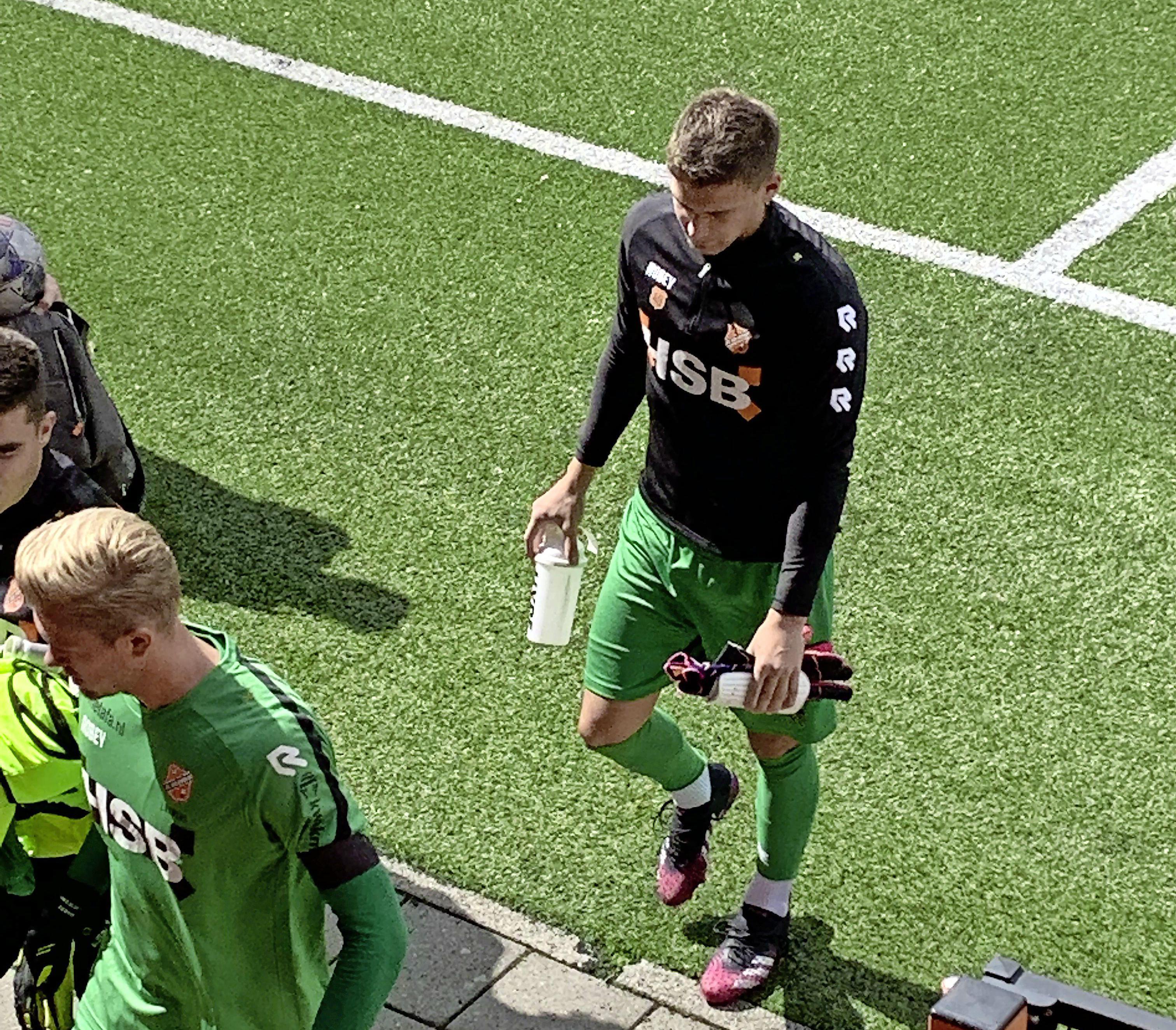 Debuut Stankovic bij Volendam valt in duigen. Na warming-up mag keeper niet spelen: het papierwerk van de huurdeal met Inter is niet in orde