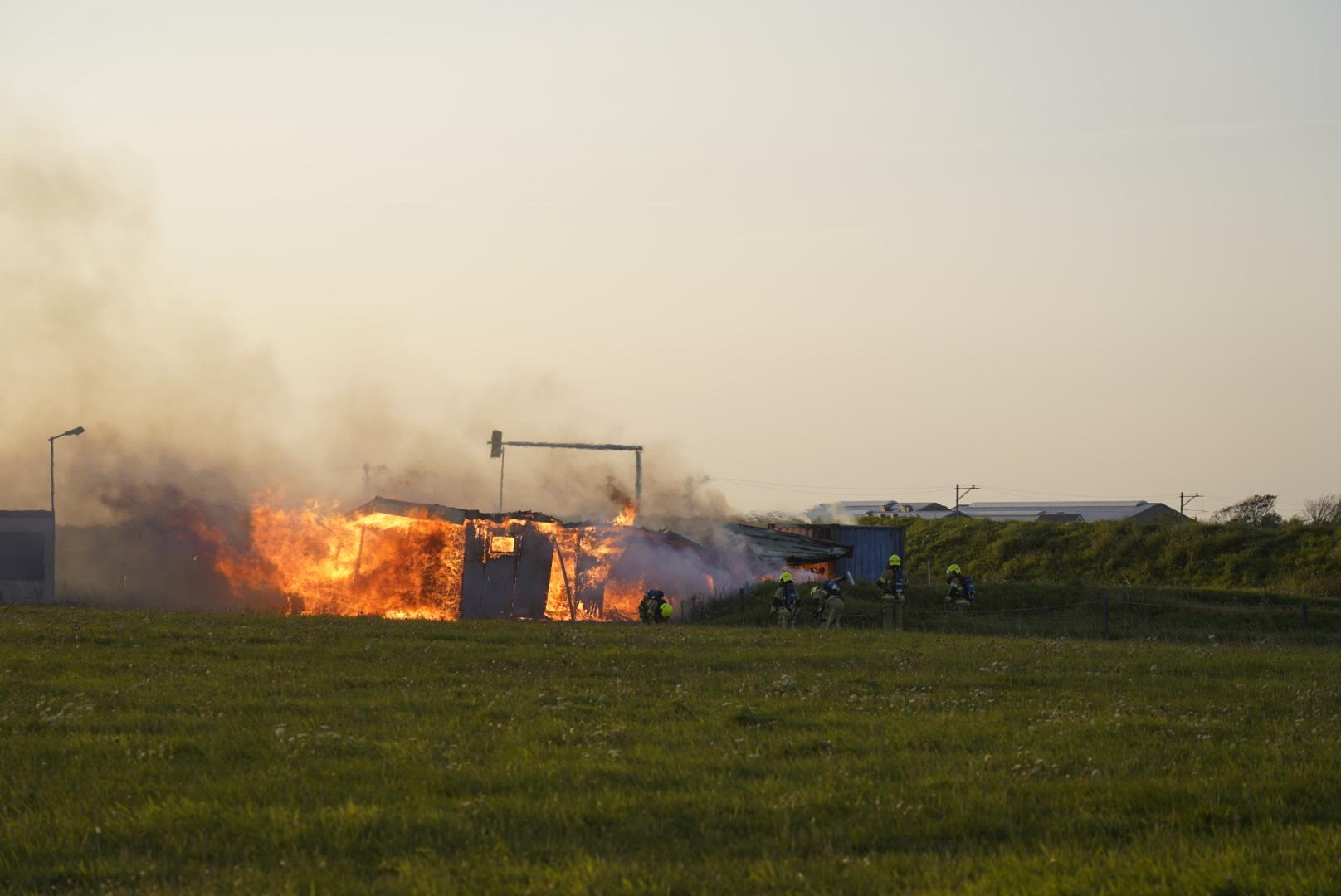 Clubhuis van crossvereniging Kooypunt in Den Helder verwoest door brand; twee aanhoudingen