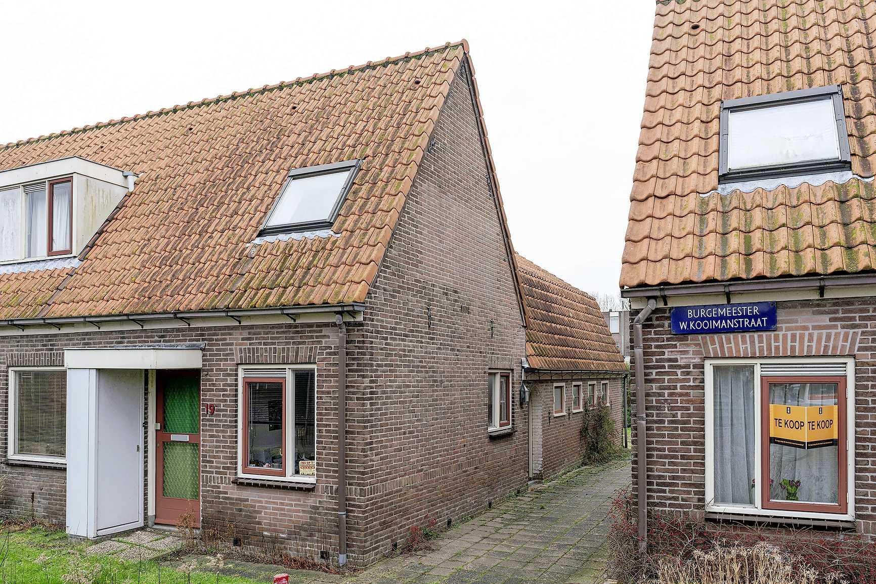 Je ziet het er niet meteen aan af, maar Oostwijk in Koedijk verdient een monumentenstatus, vinden drie erfgoedorganisaties. 'Beslist niet slopen'