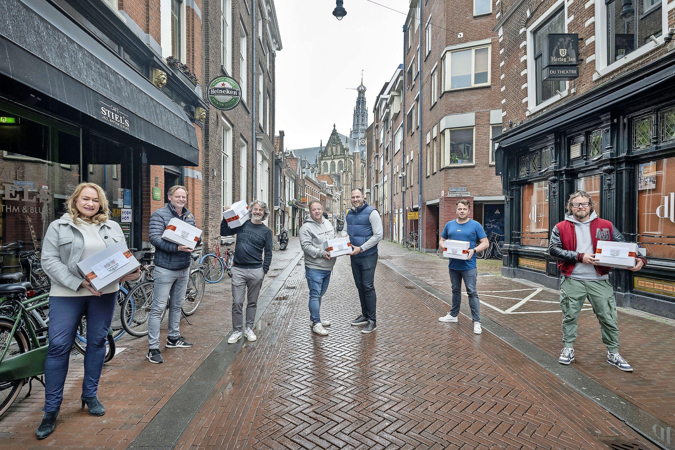 Twijfel bij Haarlemse nachthoreca over coronatoegangsbewijzen. 'Het spontane gaat er zo van af'