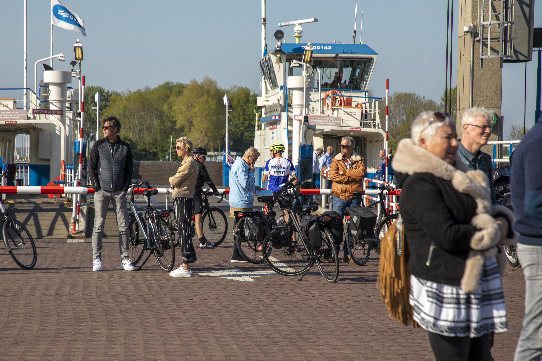 Pont bij Buitenhuis valt stil, Haarlemmermeer beklaagt zich