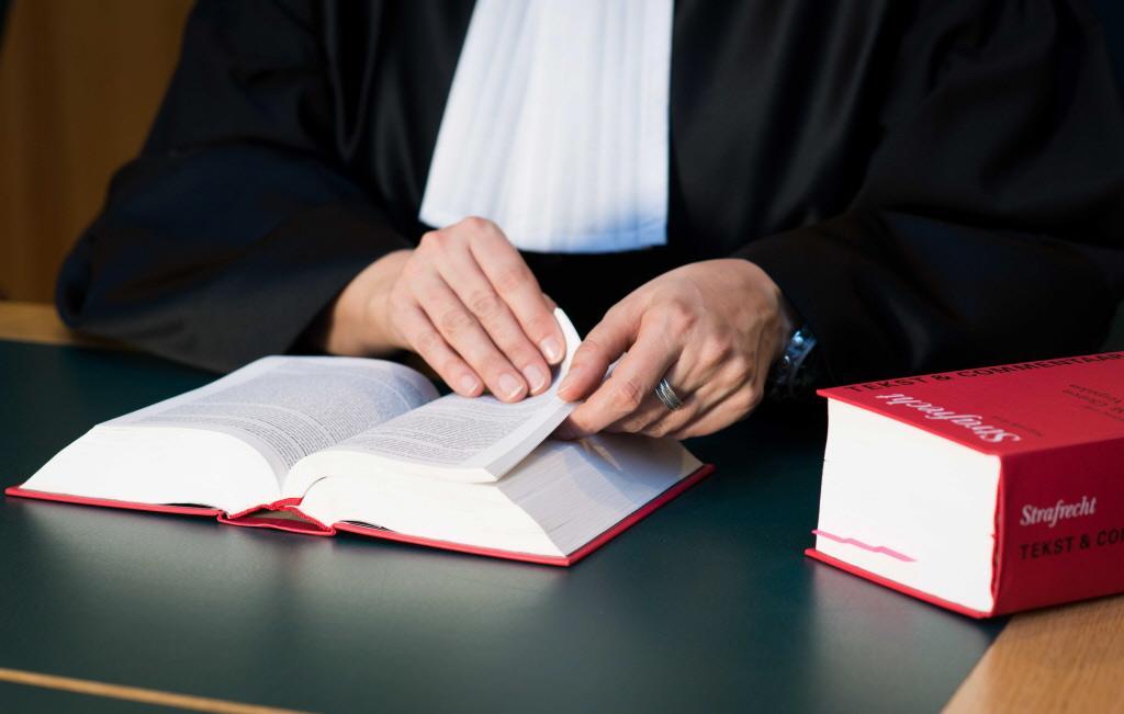 Slachtoffer steekpartij Noordwijk tijdens rechtszaak: 'Ik kijk tegenwoordig drie keer over mijn schouder'