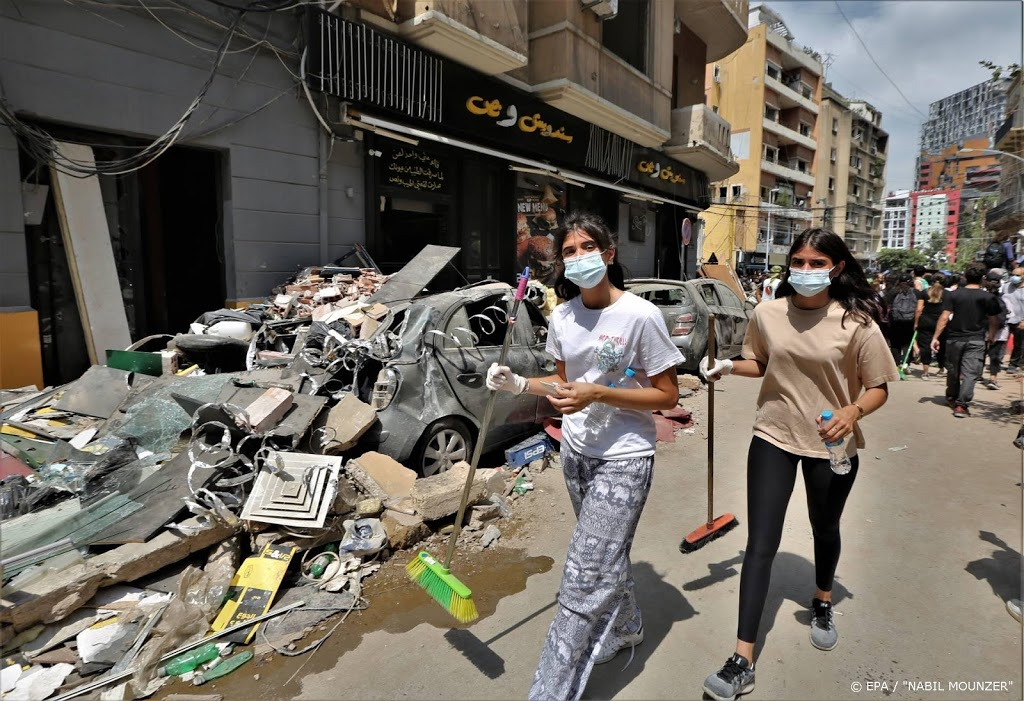 Voedselhulp voor Libanon na explosie Beiroet