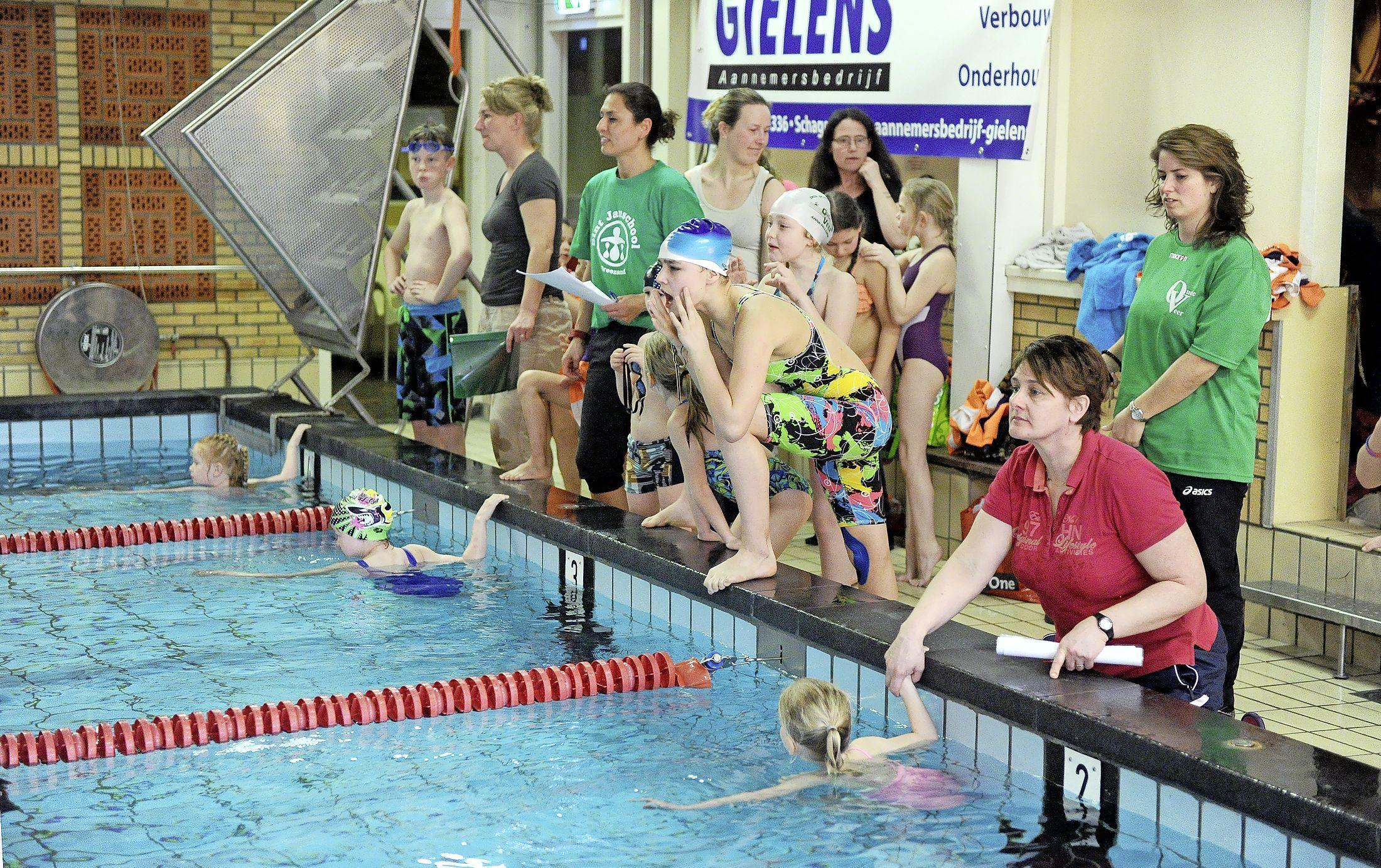 Eind aan schoolzwemkampioenschap in Hollands Kroon en de bonus van sportieve uitschieters