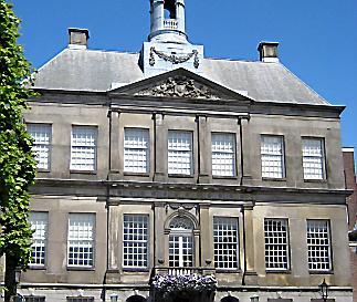 CDA Weesp wordt ongeduldig: nog geen antwoord van b en w over belastingaanslag, aan welke gemeente moeten Weespers belasting betalen, Amsterdam of Weesp?