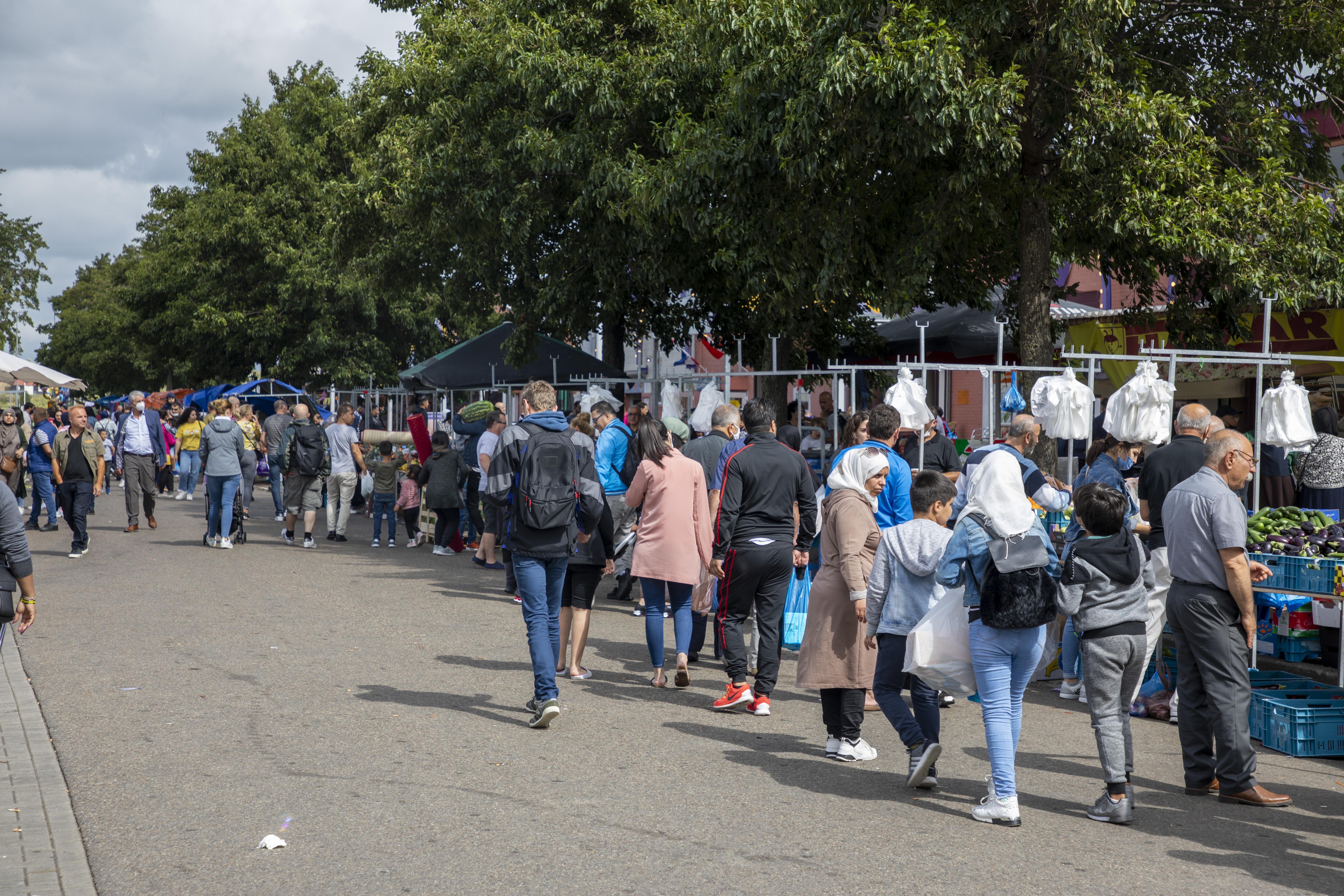 Gemor op Beverwijkse Bazaar ebt niet weg (update): Hal 30 Noord mag toch weer open