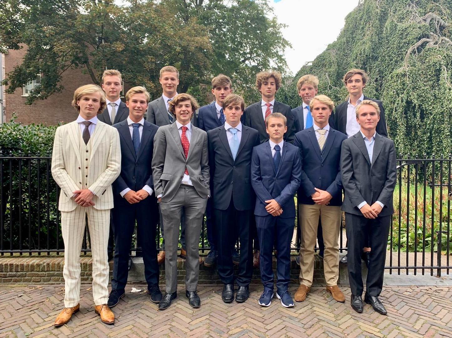 Eindexamenkandidaten Stedelijk in Haarlem vormen HFC JO19-4: Grieks, Latijn en voetballen maar