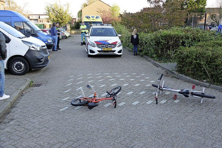 Klein jongetje gewond bij aanrijding in Oostzaan; doorgereden bestuurder meldt zich op het politiebureau