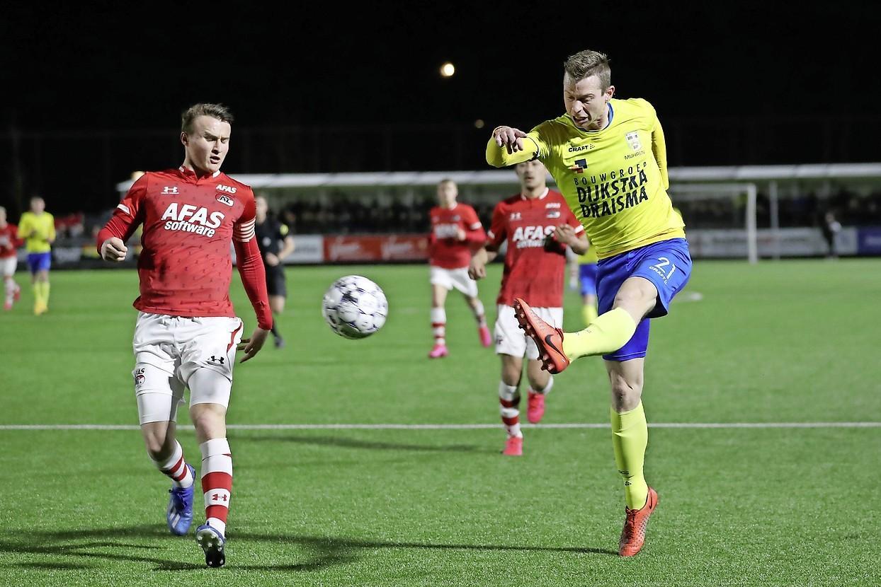 Noord-Hollandse hoofdrolspelers in voetbalsoap rond promotie en degradatie moeten zwijgen na neerdalen stofwolken