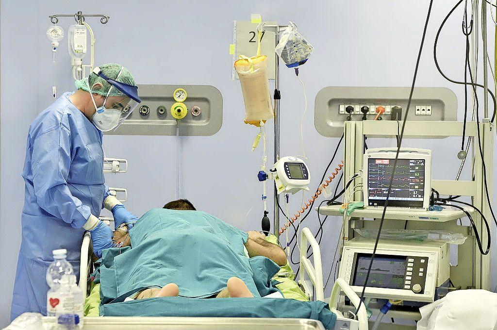 Spaarne Gasthuis heeft weer volledige afdeling voor corona-patiënten in gebruik. '90 procent is niet of slechts gedeeltelijk gevaccineerd'