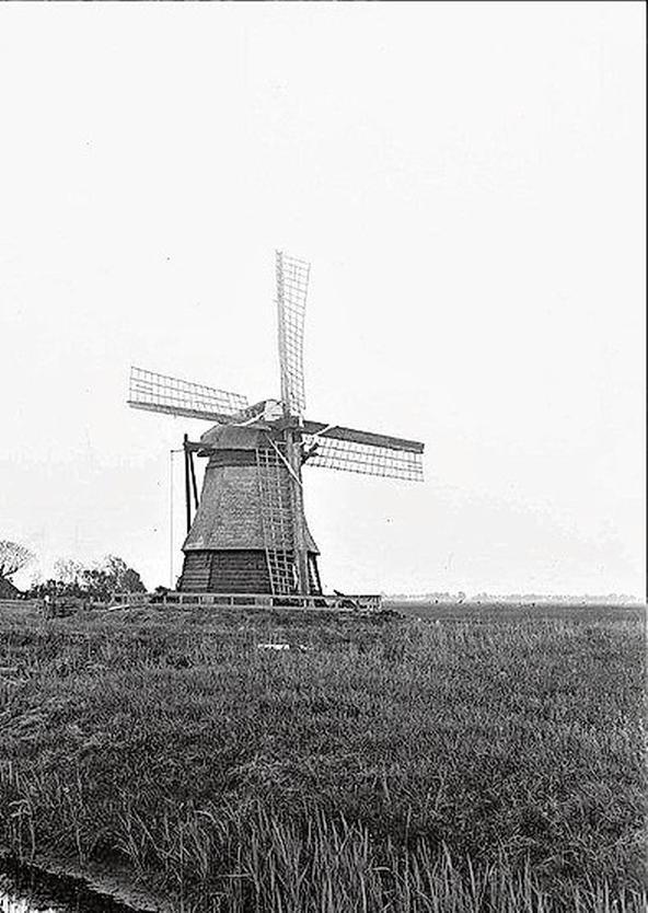 Herbouw van De Waterdief kan beginnen; zesde molen in Uitgeest