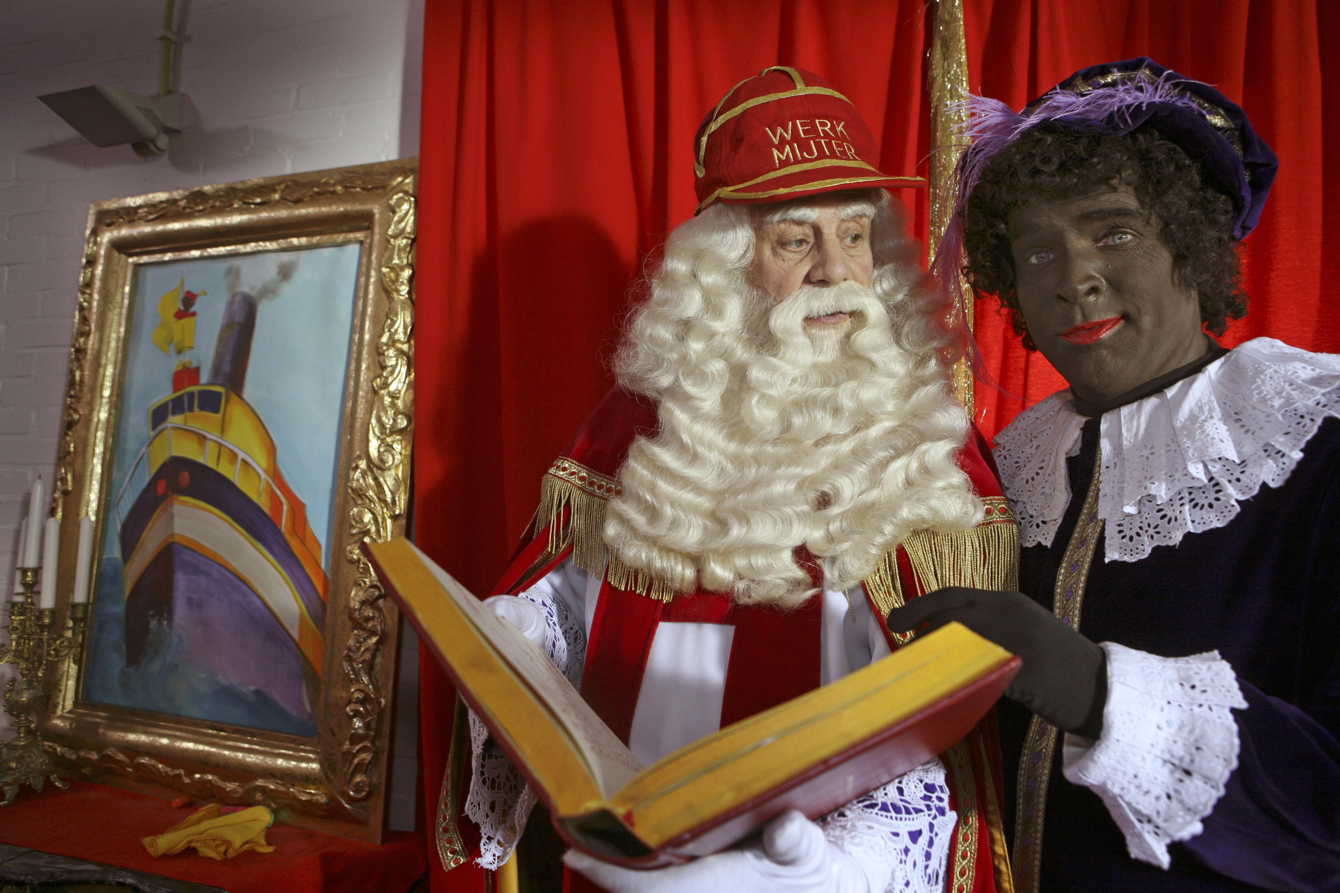 'Sinterklaasjournaal' groeide in 20 jaar van vrolijk kinderprogramma uit tot cultureel instituut; oud-Hoofdpiet Erik van Muiswinkel: 'We konden alles doen, de boel lekker ontregelen'