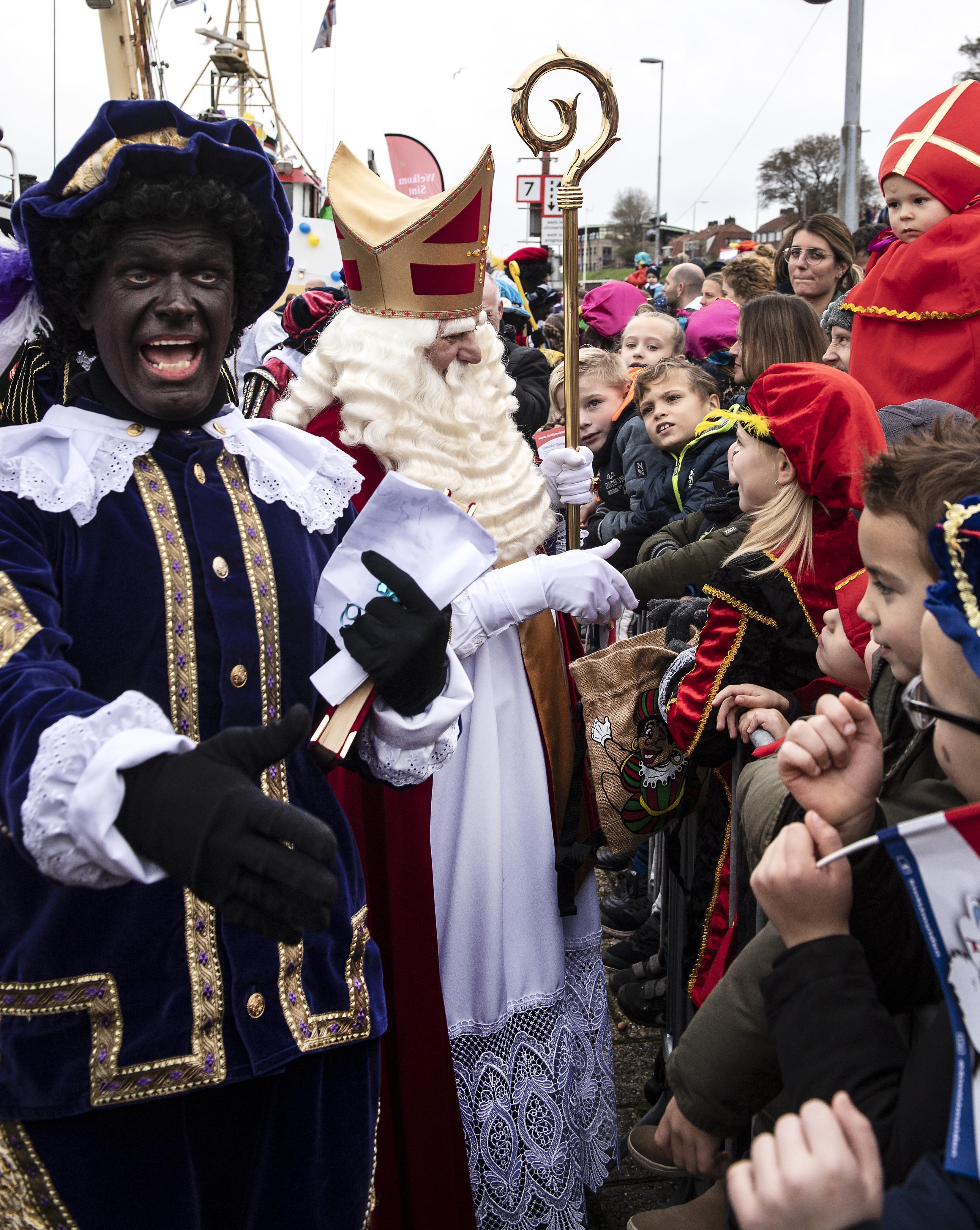 De Sinterklaasintochten in Velsen gaan niet door. Het kan niet 'coronaveilig'
