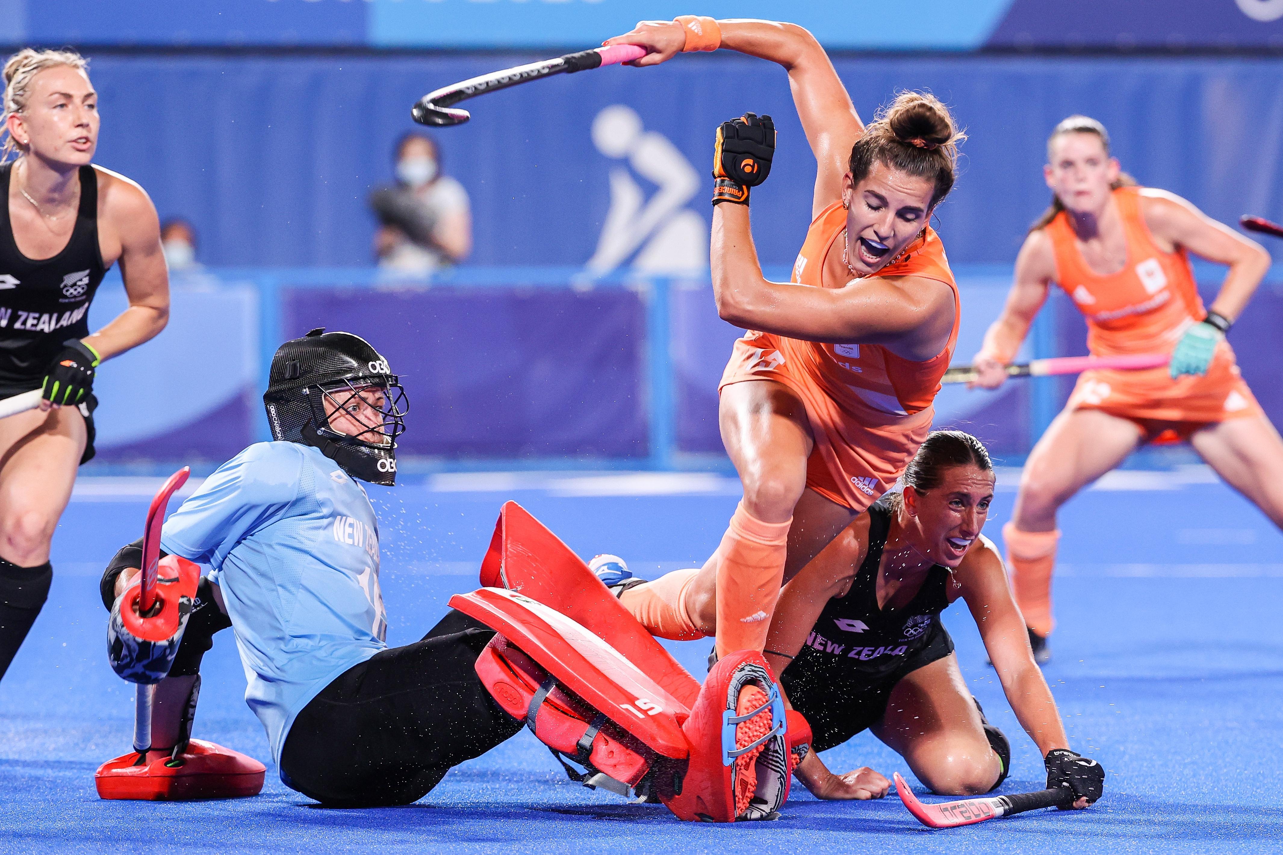 Bondscoach Annan van de hockeyvrouwen geeft zelden complimentjes, maar na het duel met Nieuw-Zeeland doet ze dat wel. 'Dit was een heel fijne wedstrijd'