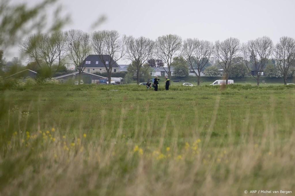 Politie onderzoekt auto, mogelijk van overvallers Amsterdam